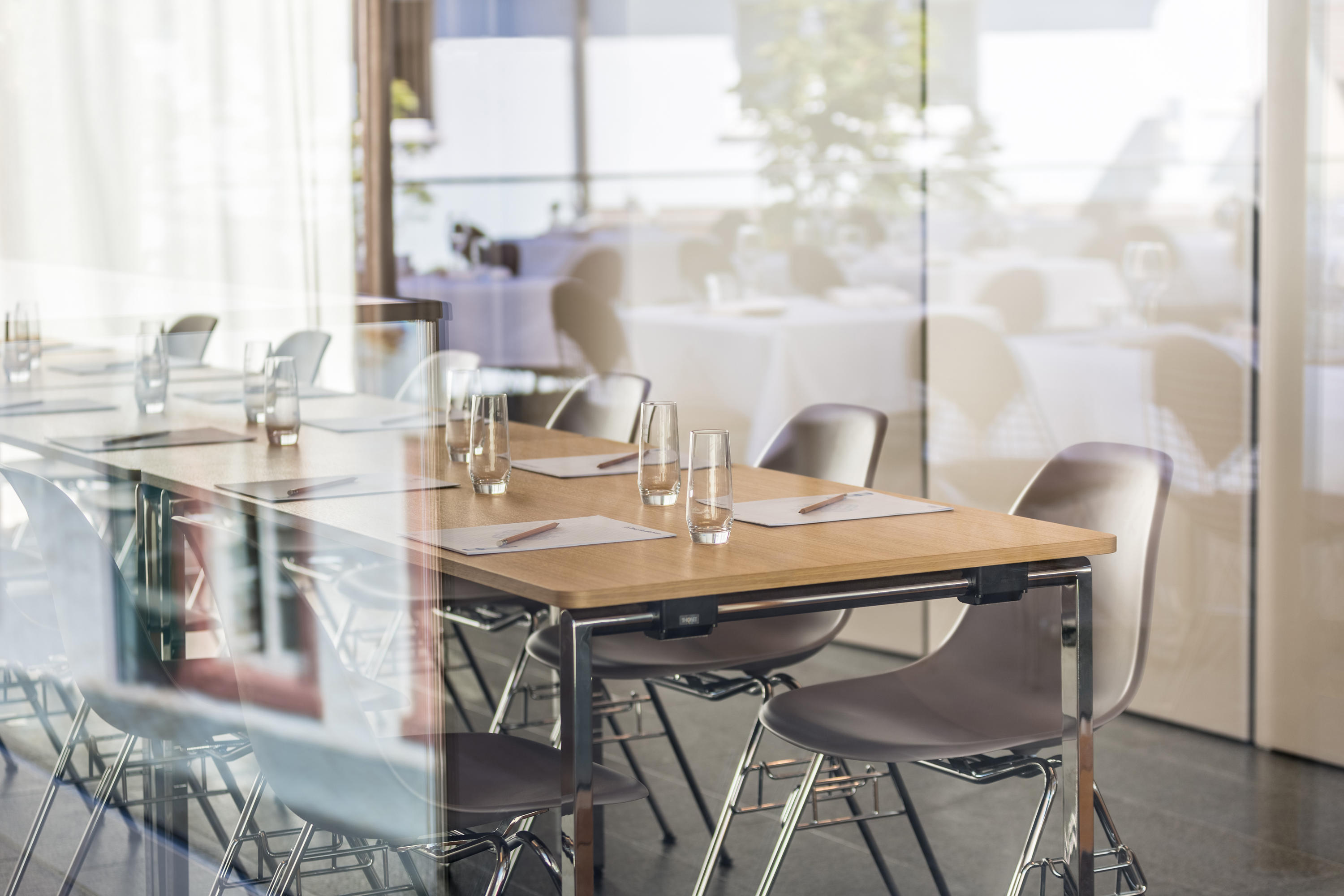S 1195/1 EVO - Individual seminar tables from Thonet | Architonic