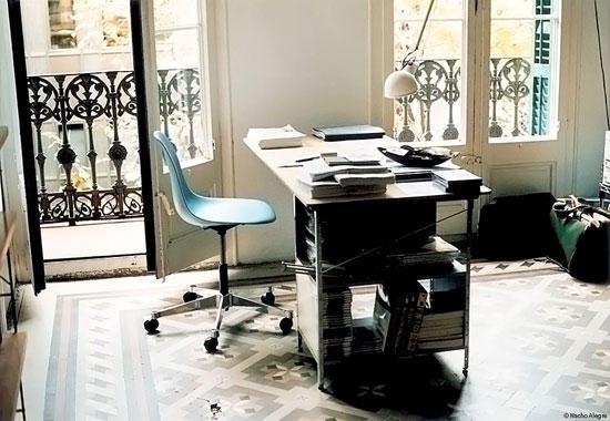 eames storage unit shelf shelving from vitra architonic. Black Bedroom Furniture Sets. Home Design Ideas