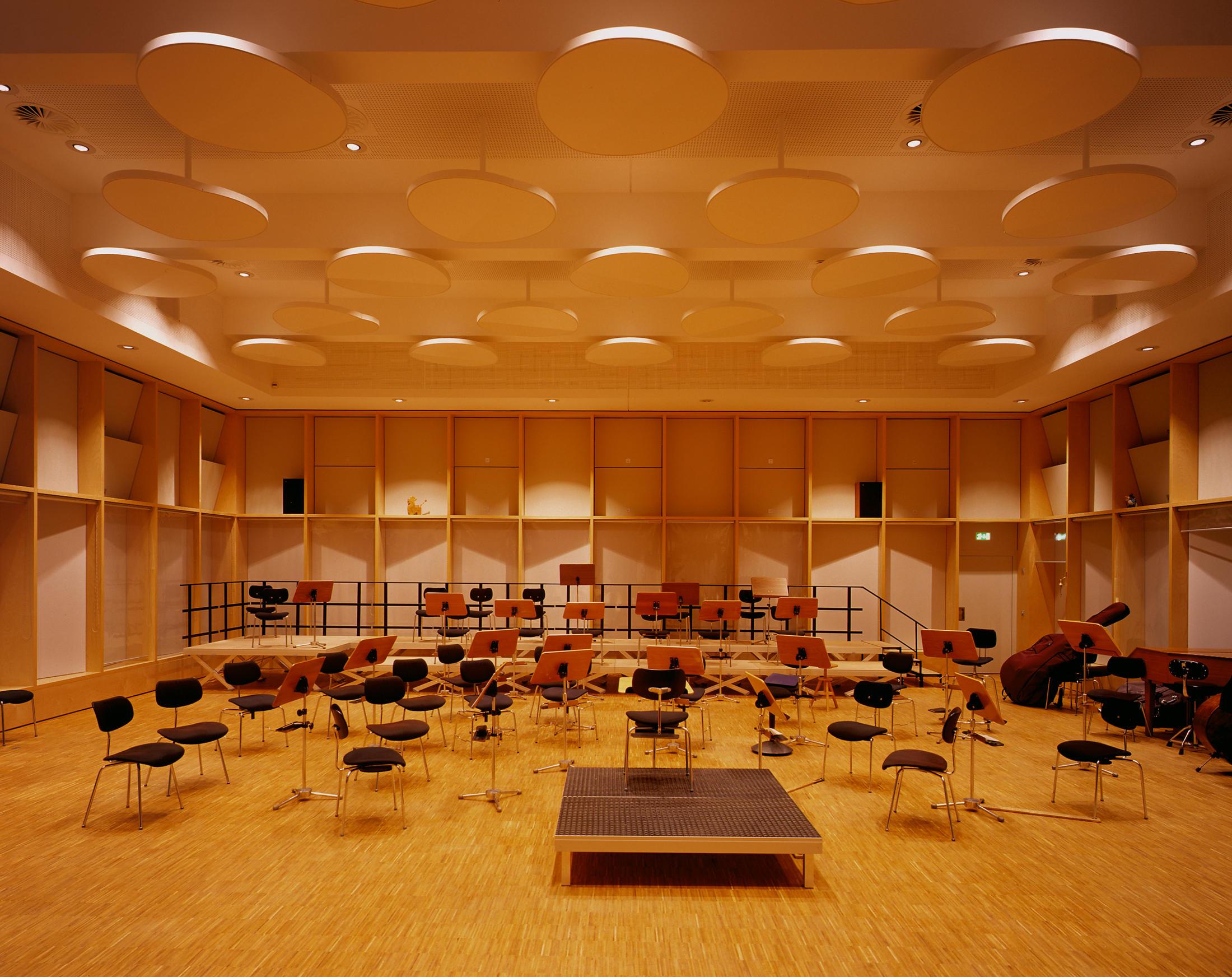 Musiker Stuhl 710 1200 Stühle Von Wilde Spieth Architonic
