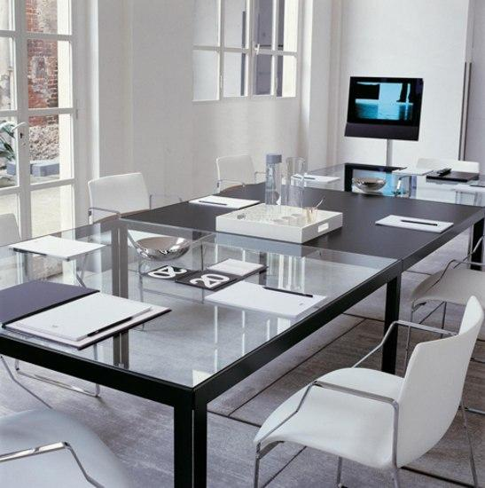 Progetto 1 tavoli pranzo b b italia architonic for Produttori tavoli