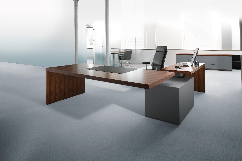 headoffice mono executive desks from walter knoll architonic. Black Bedroom Furniture Sets. Home Design Ideas