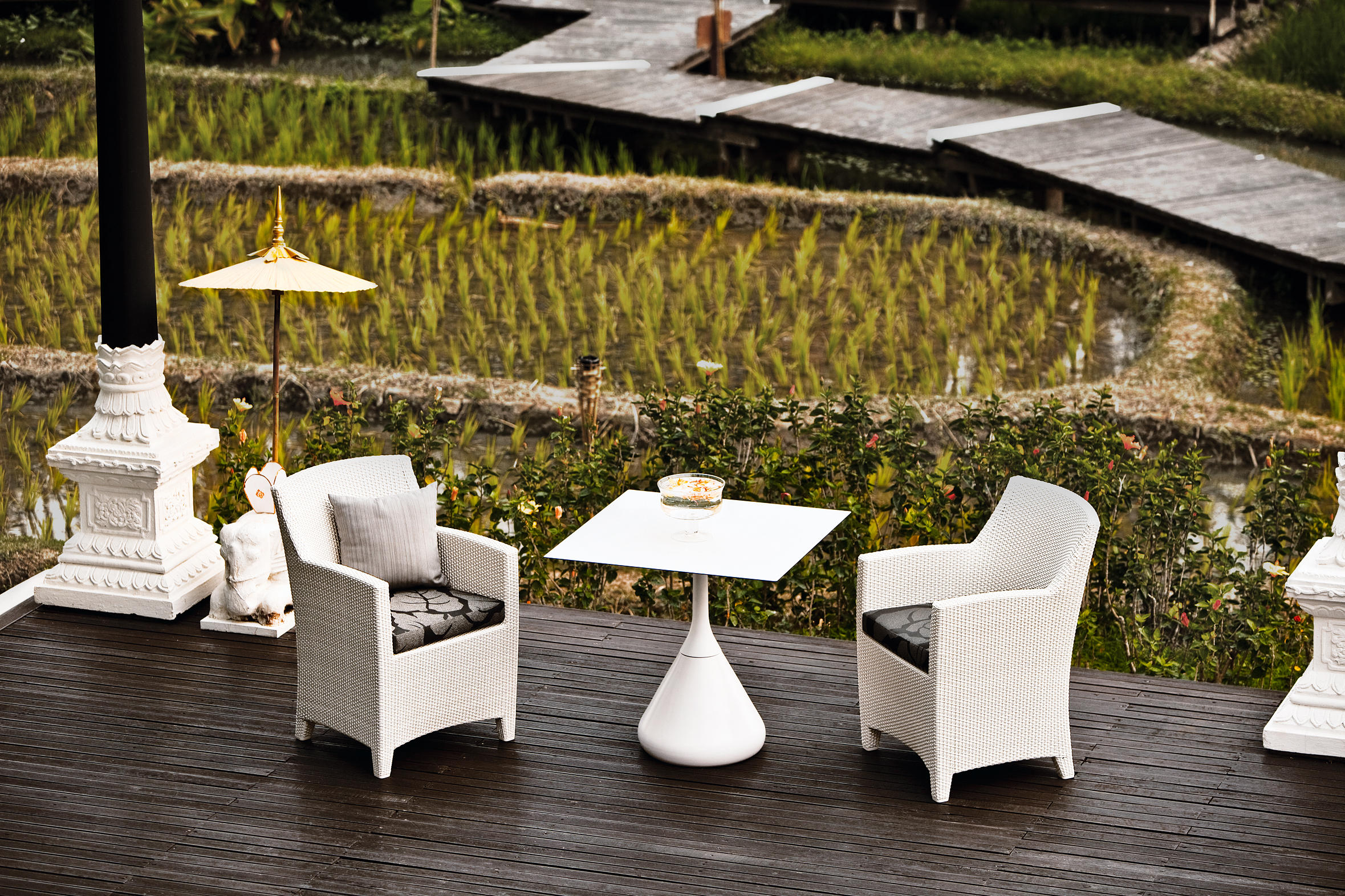 ... Barcelona 2 Seater By DEDON ...