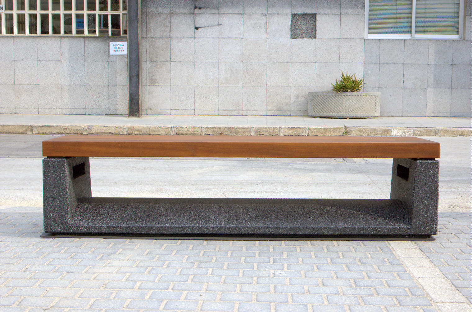 U Shape Exterior Benches From Escofet 1886 Architonic