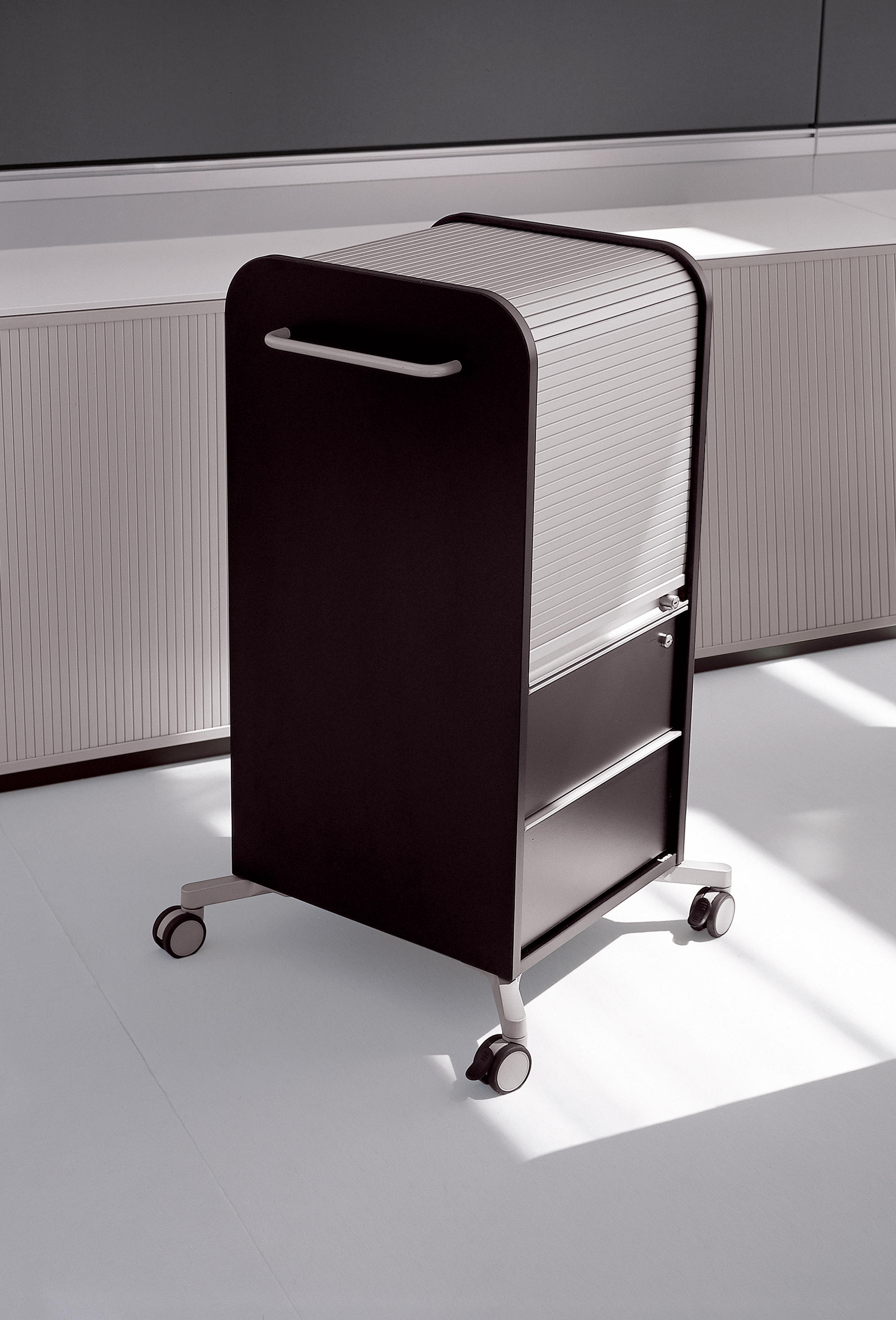 K2   CADDY - Pedestals from Bene   Architonic