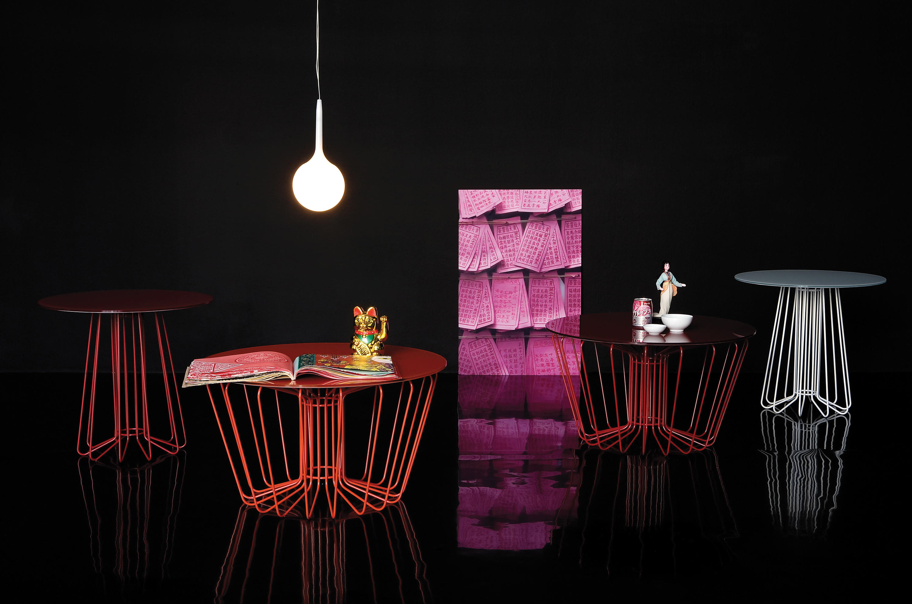 Small wire 651 side tables from zanotta architonic small wire 651 by zanotta keyboard keysfo Image collections