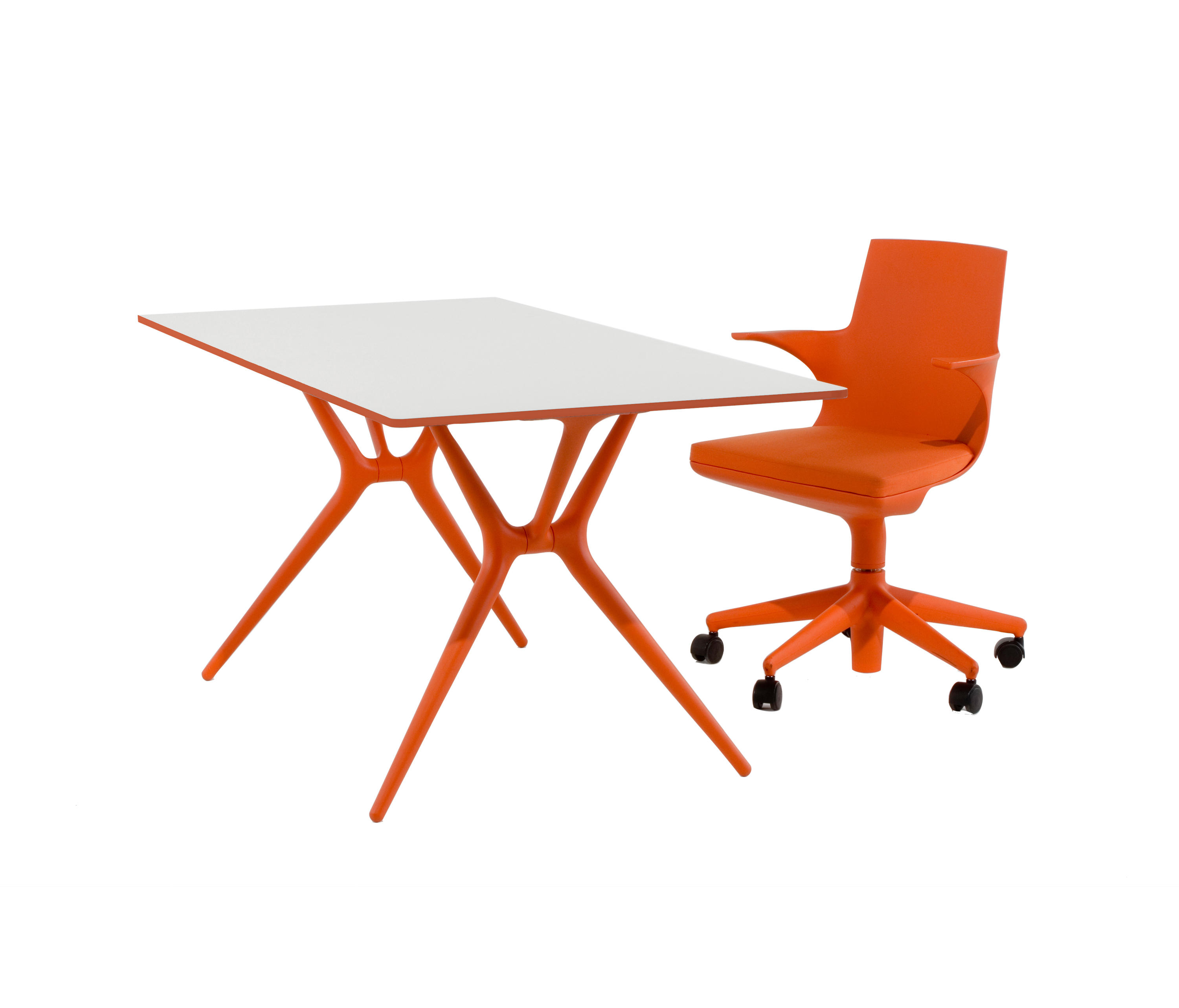 Spoon table individual desks from kartell architonic for Table kartell