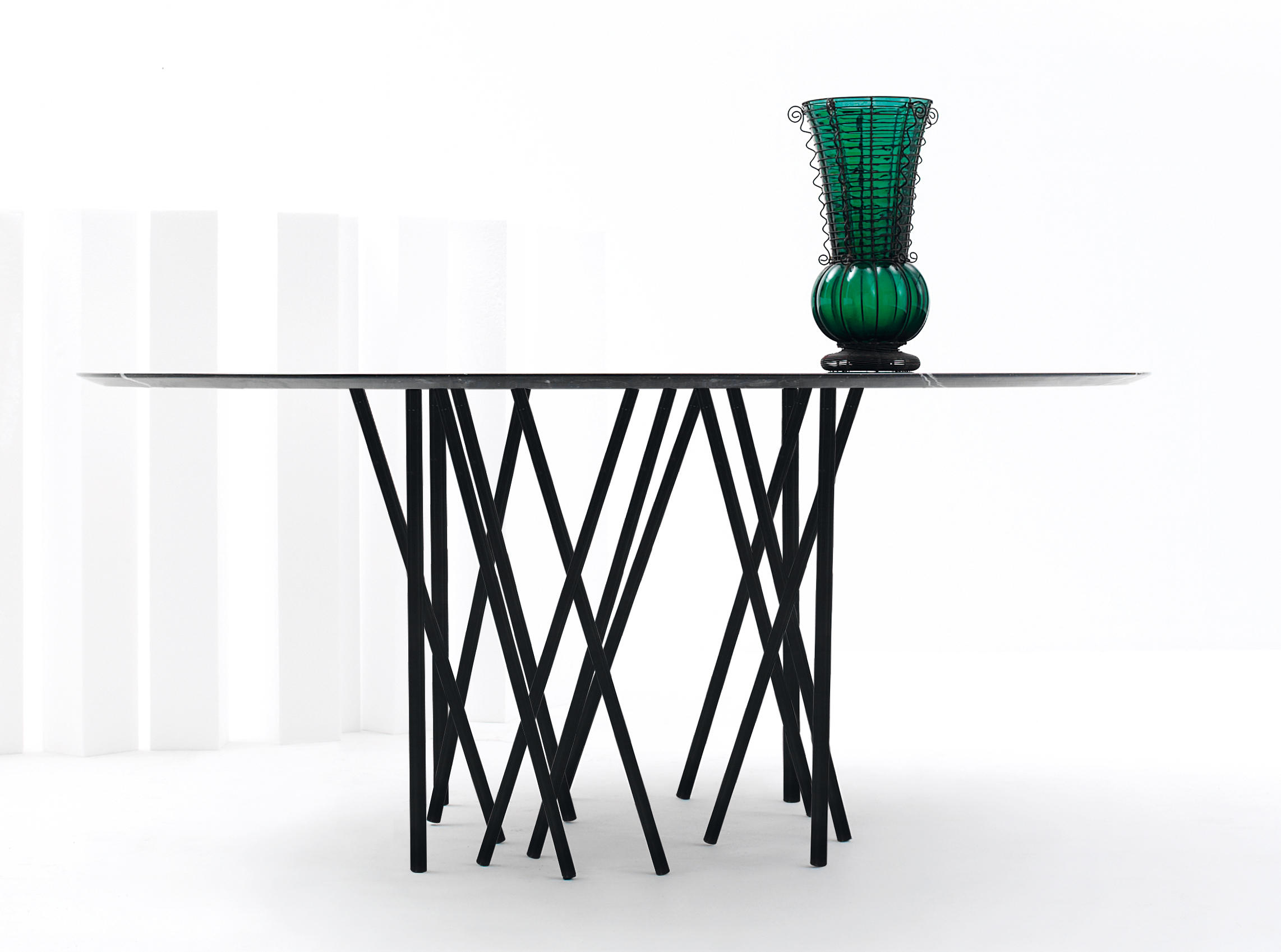 octopus small table lounge tables from arflex architonic
