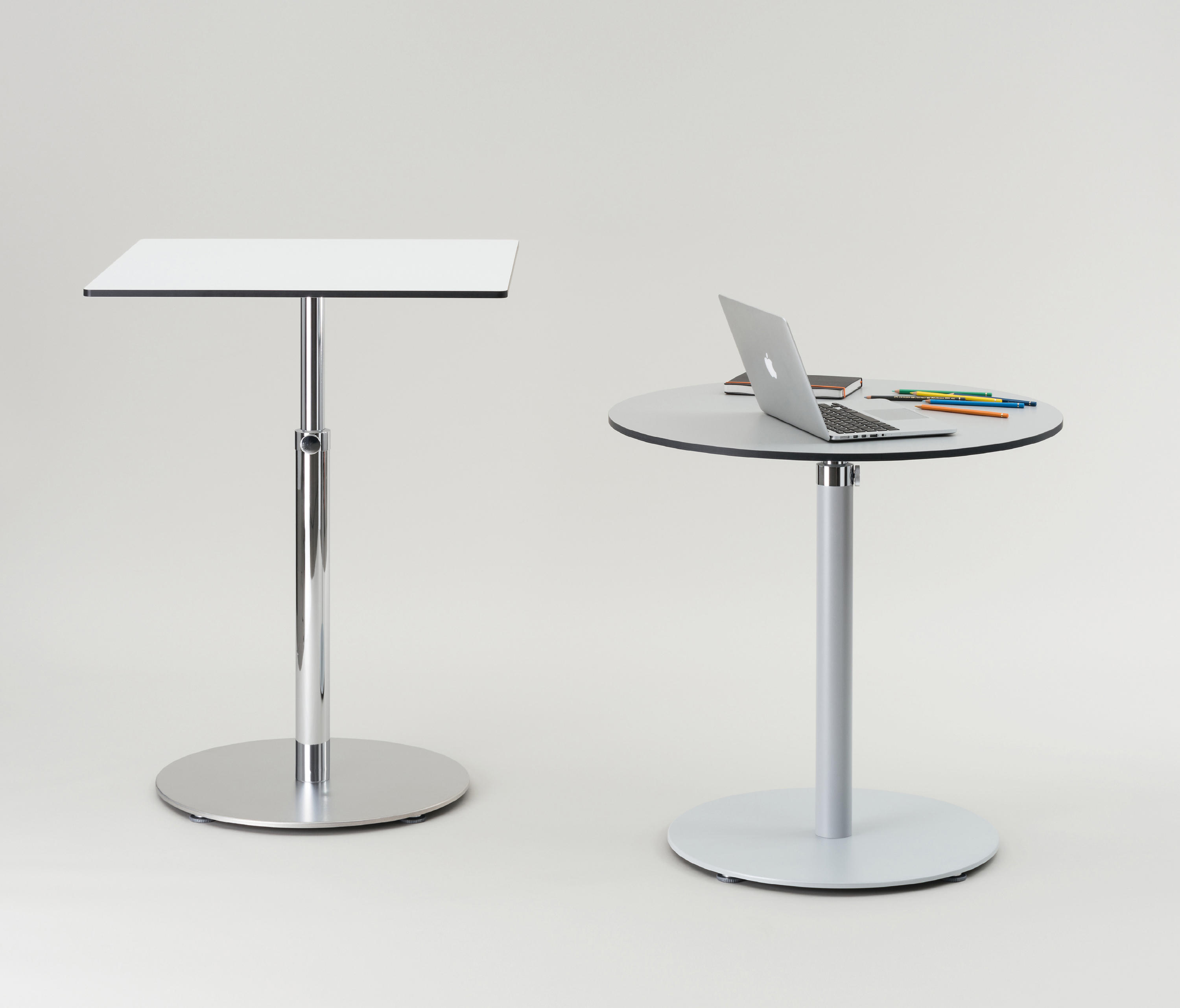 Up down t side tables from formvorrat architonic - Table basse up down ...