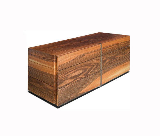 Kommode niedrig sideboards kommoden von dessi for Sideboard niedrig