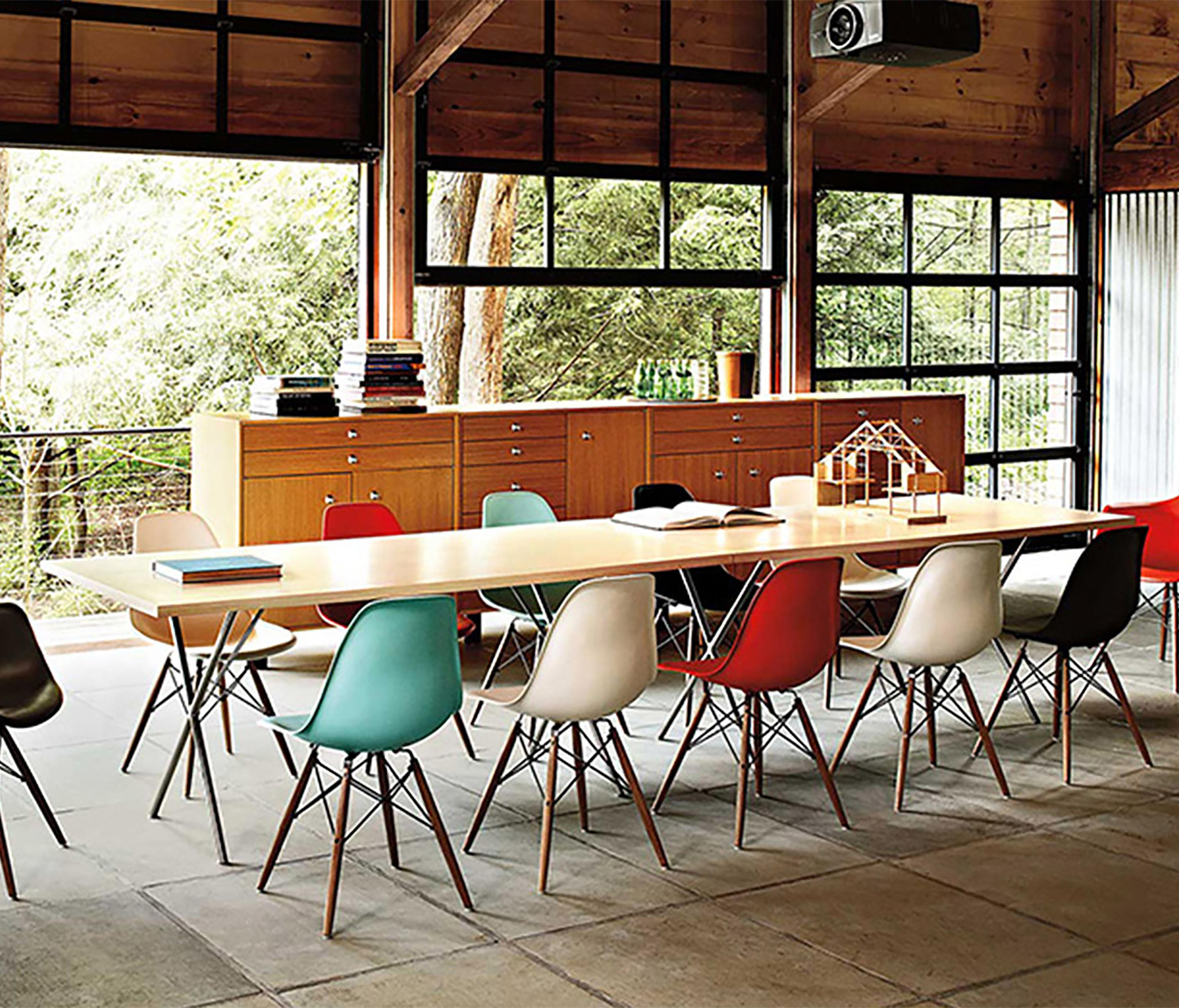 Family room herman miller eames chairs -  Eames Molded Plastic Side Chair By Herman Miller