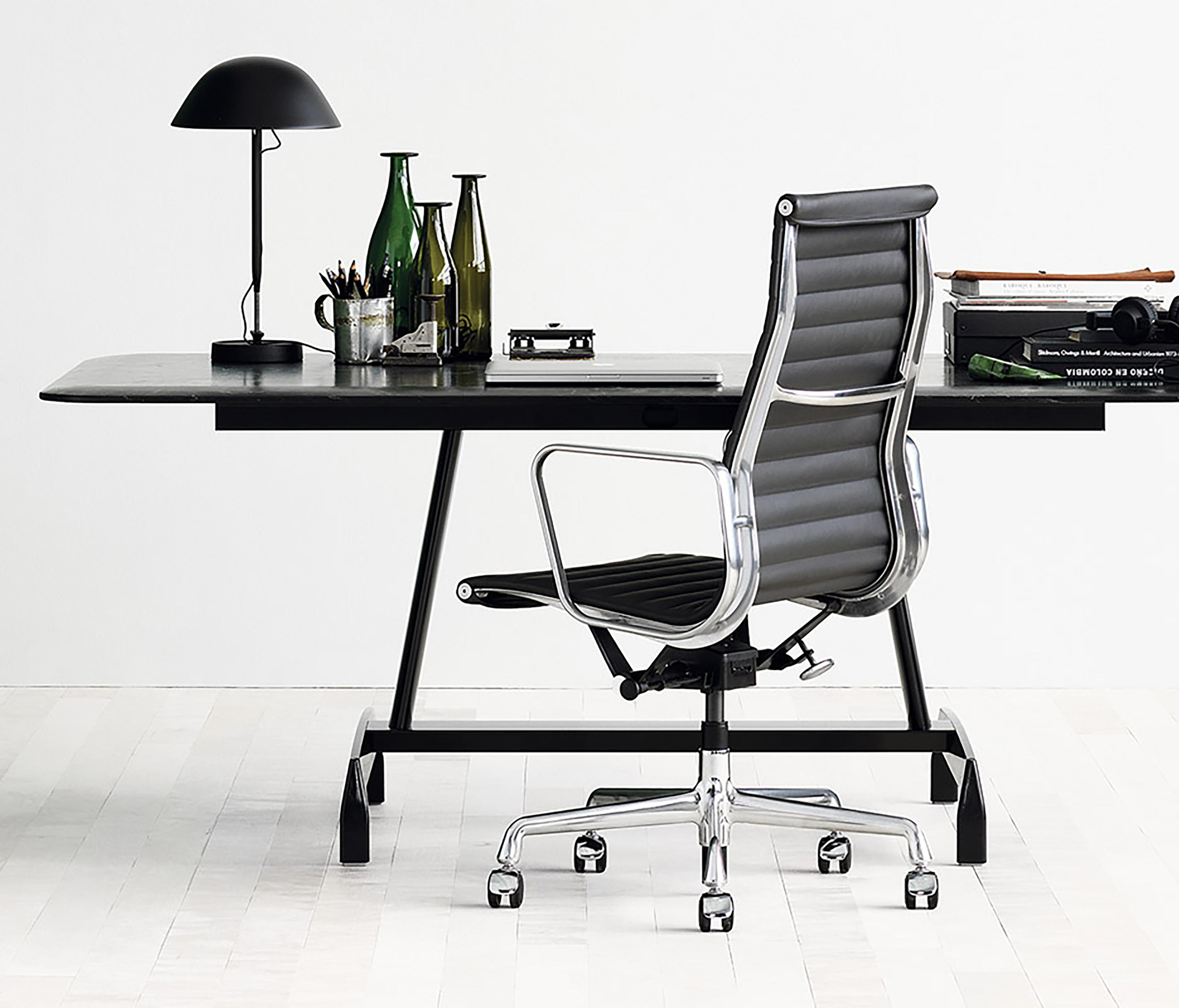EAMES ALUMINUM GROUP EXECUTIVE CHAIR - Office chairs from ...