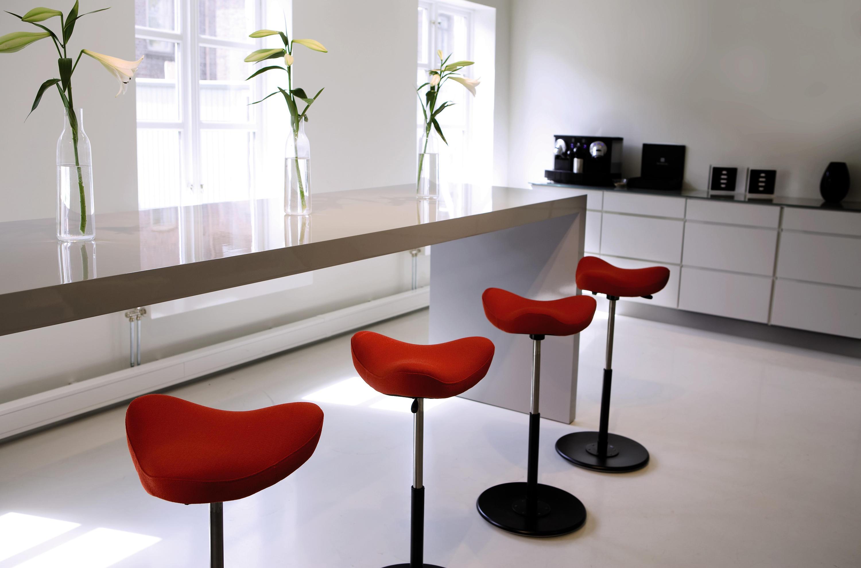 Move™ sgabelli basculanti variér furniture architonic