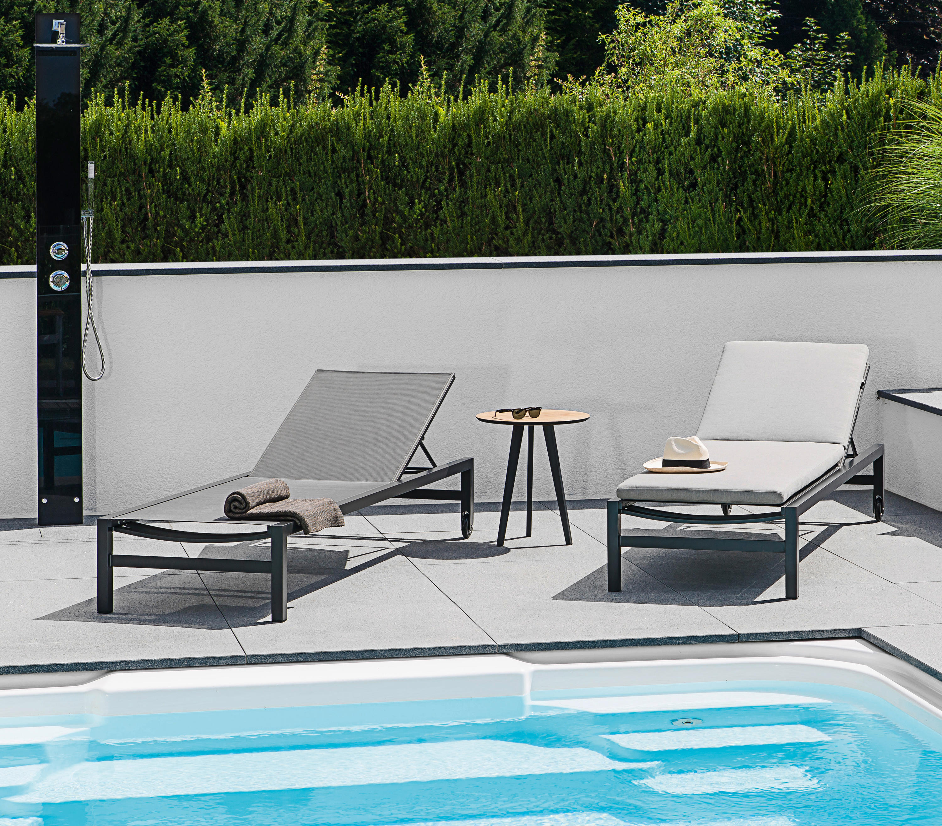forum sunbed sun loungers from fischer m bel architonic. Black Bedroom Furniture Sets. Home Design Ideas