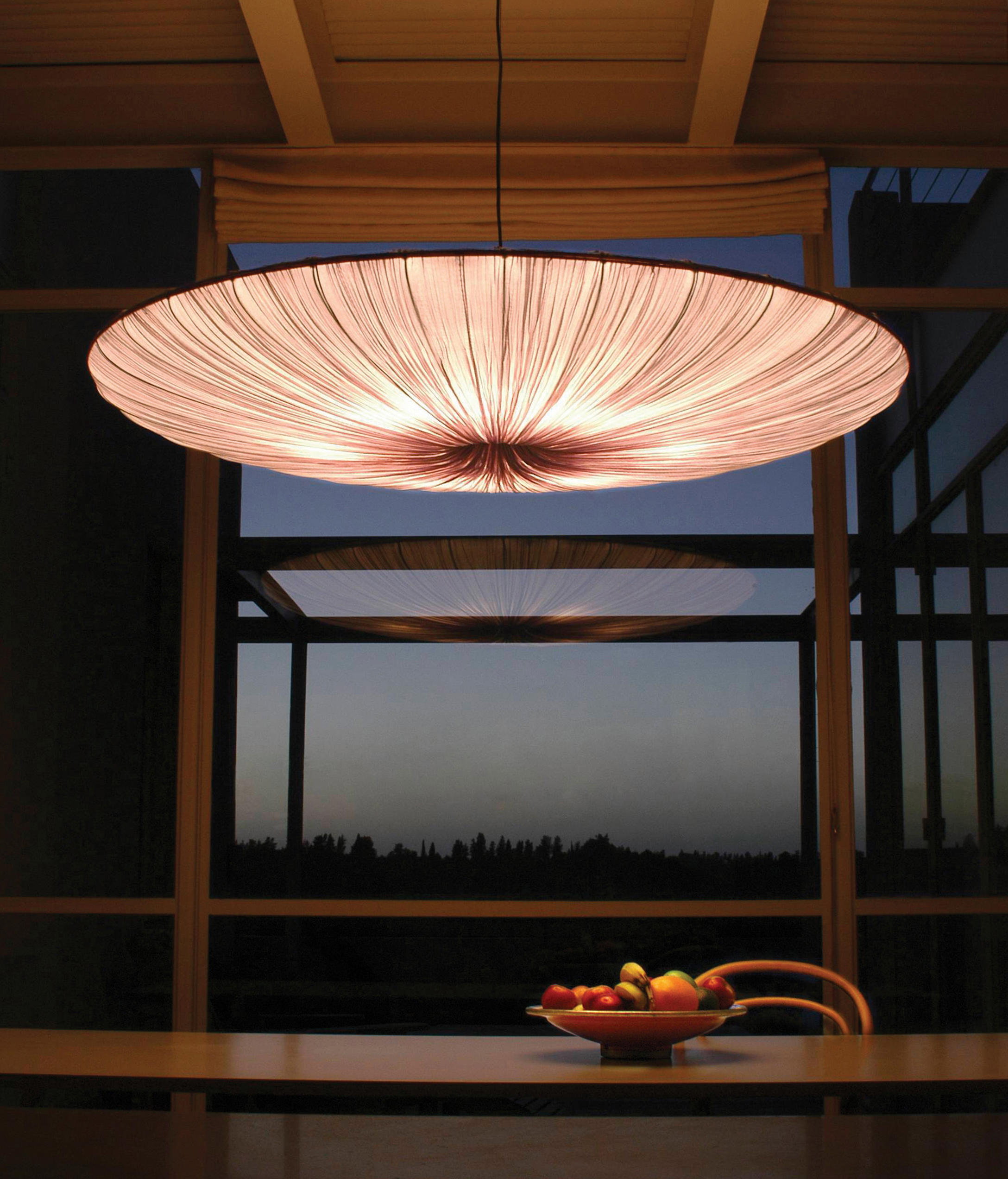 Stand by general lighting from aqua creations architonic for Creation stand