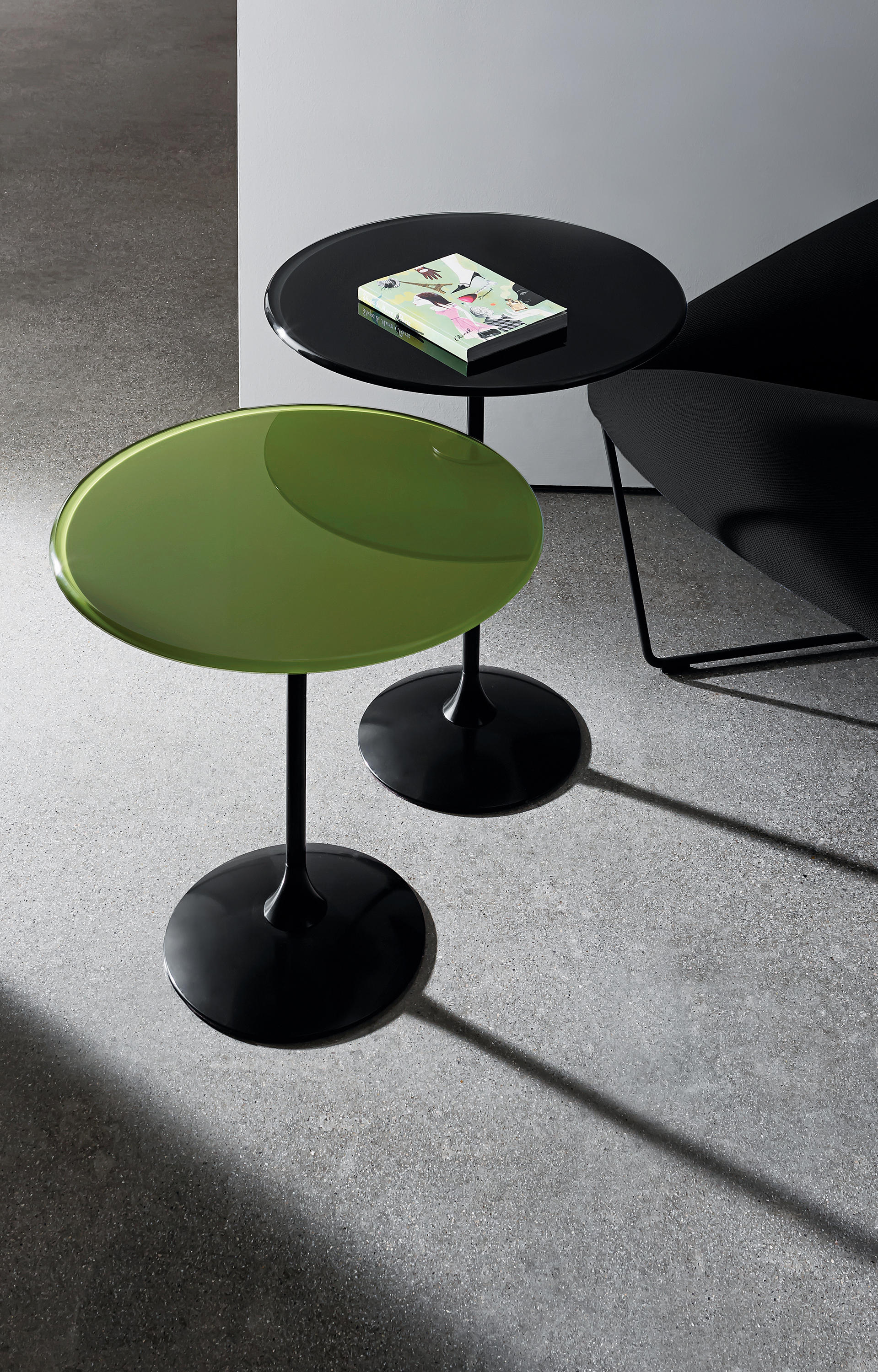 TULIP SHAPED Side tables from Sovet