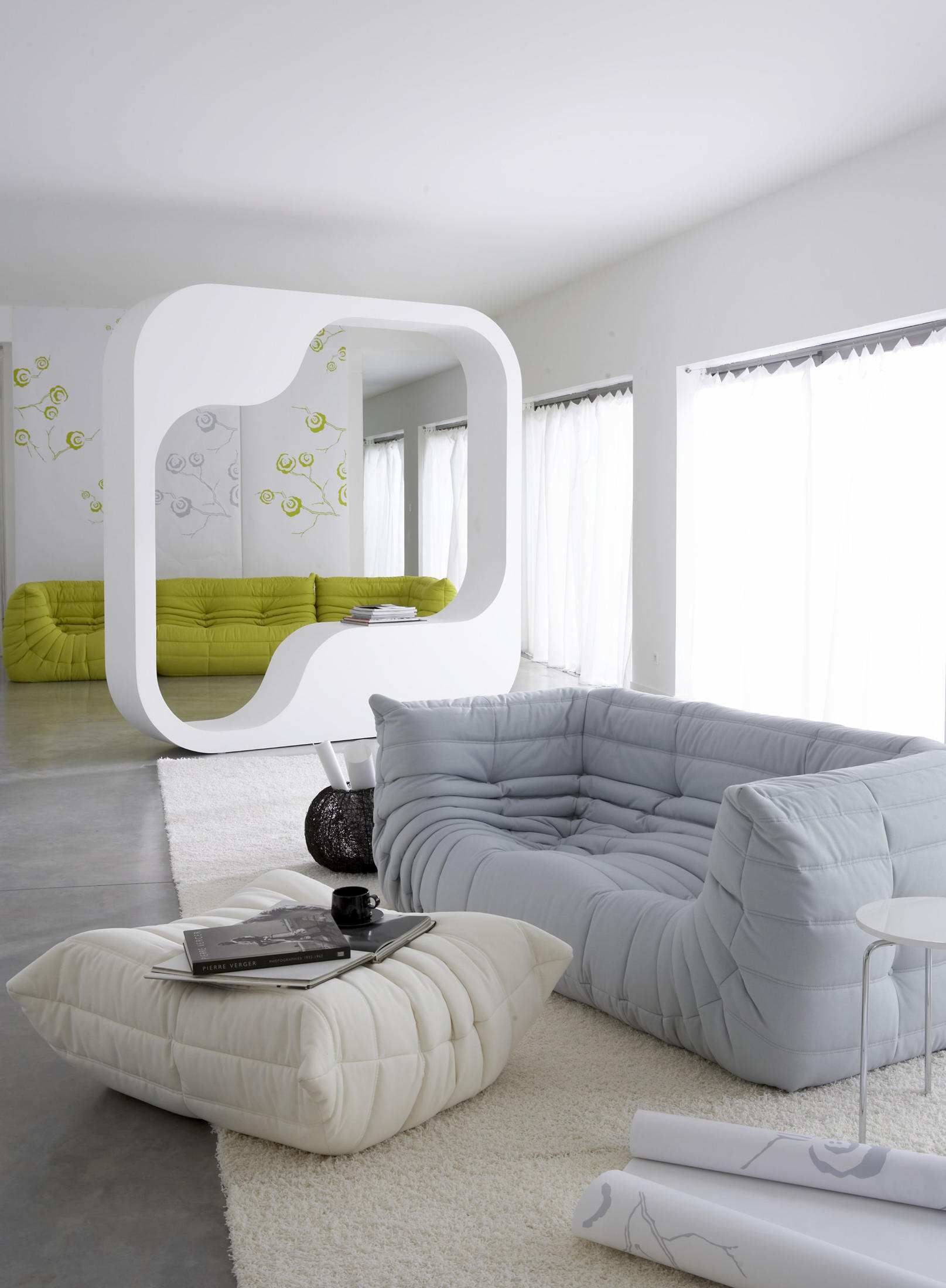 Togo sofa lounge sofas from ligne roset architonic for Ligne roset canape