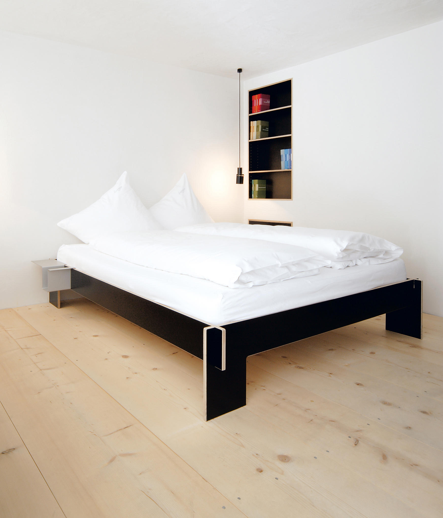 siebenschl fer mit kopfteil einzelbetten von moormann architonic. Black Bedroom Furniture Sets. Home Design Ideas