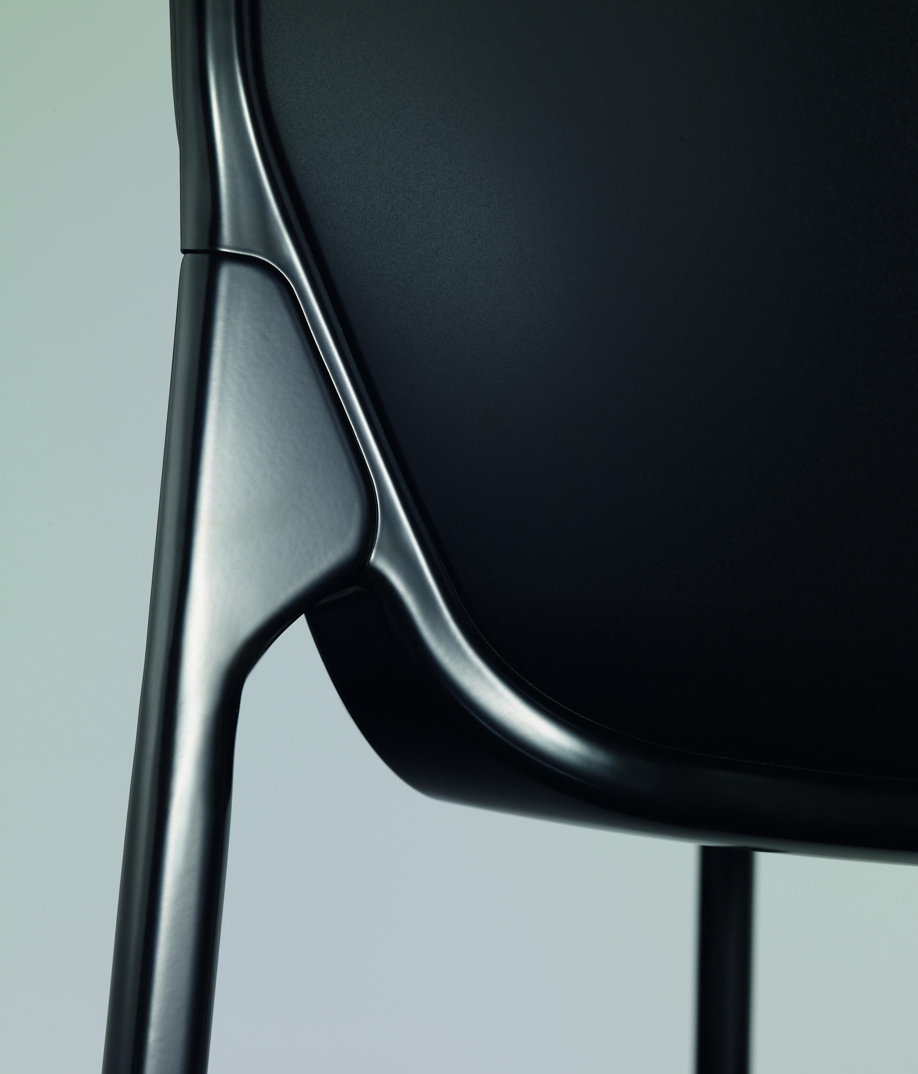 chassis chairs from wilkhahn architonic. Black Bedroom Furniture Sets. Home Design Ideas