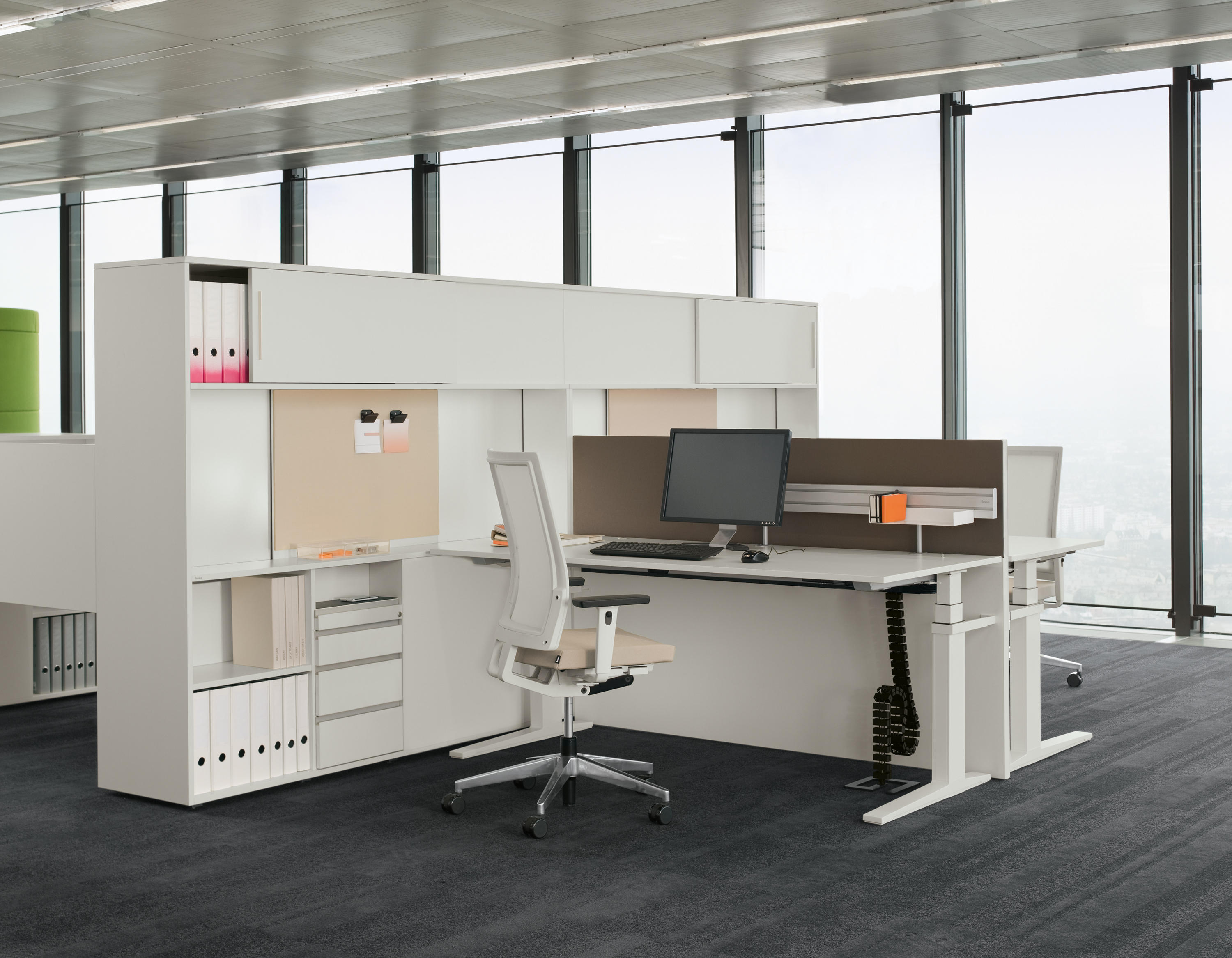 T Lift Desk Individual Desks From Bene Architonic