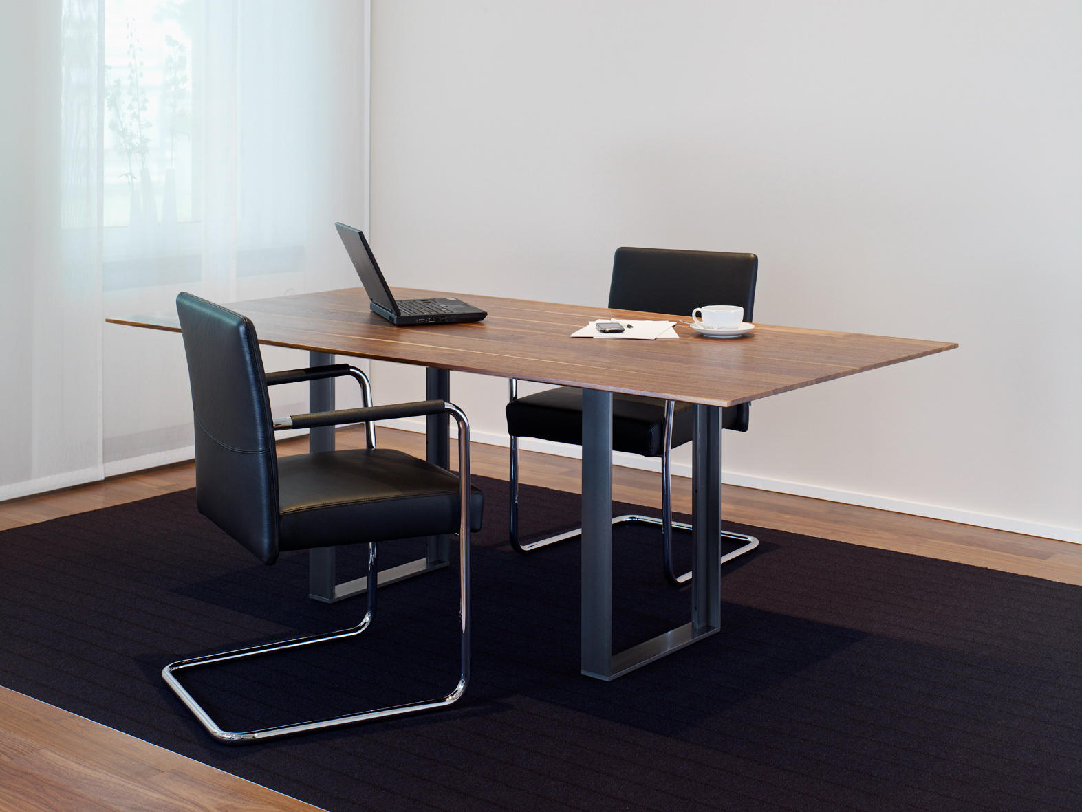 IGN. T. TABLE. - Executive desks from Ign. Design.   Architonic