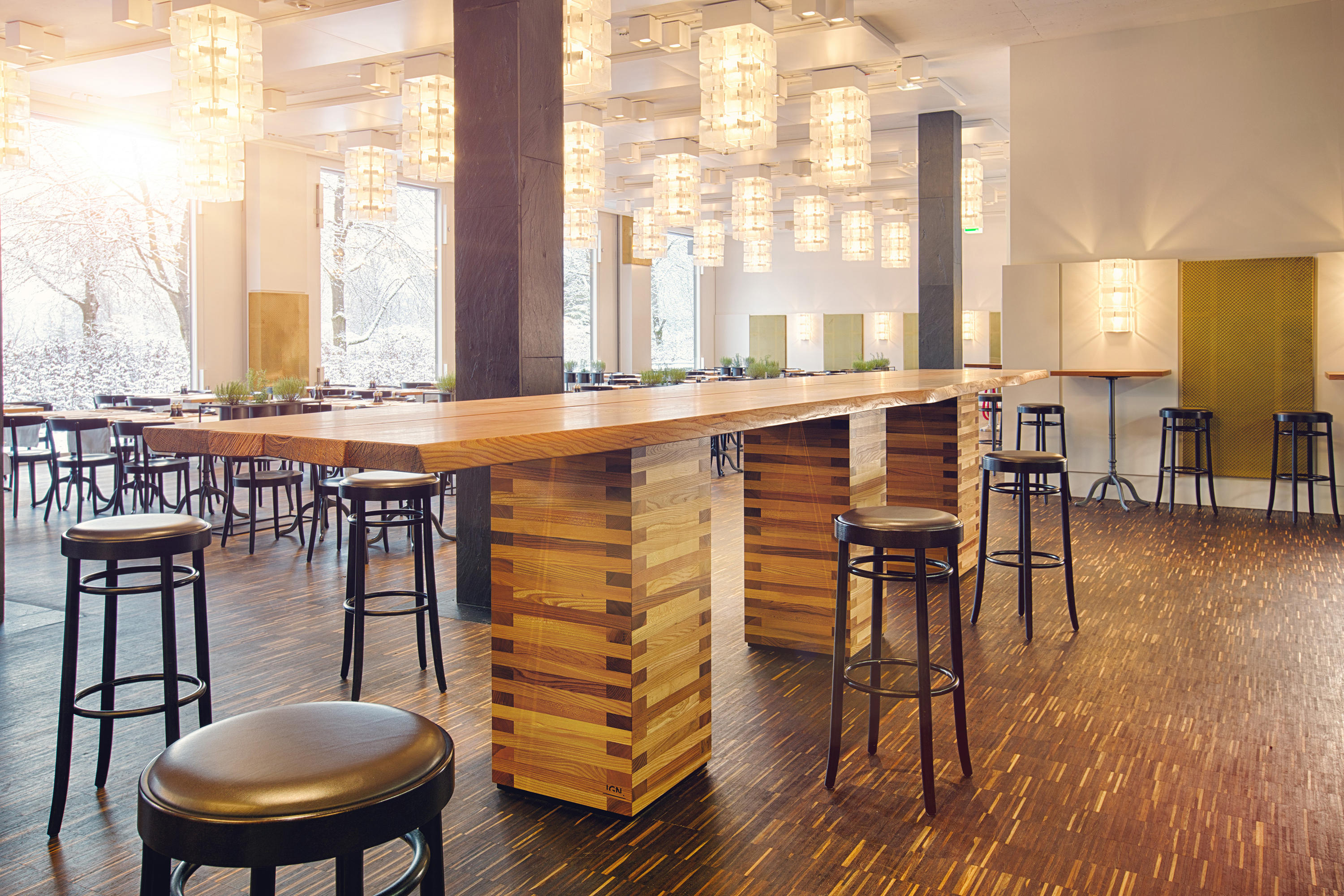 IGN. PIN. WOOD. - Restaurant tables from Ign. Design.   Architonic