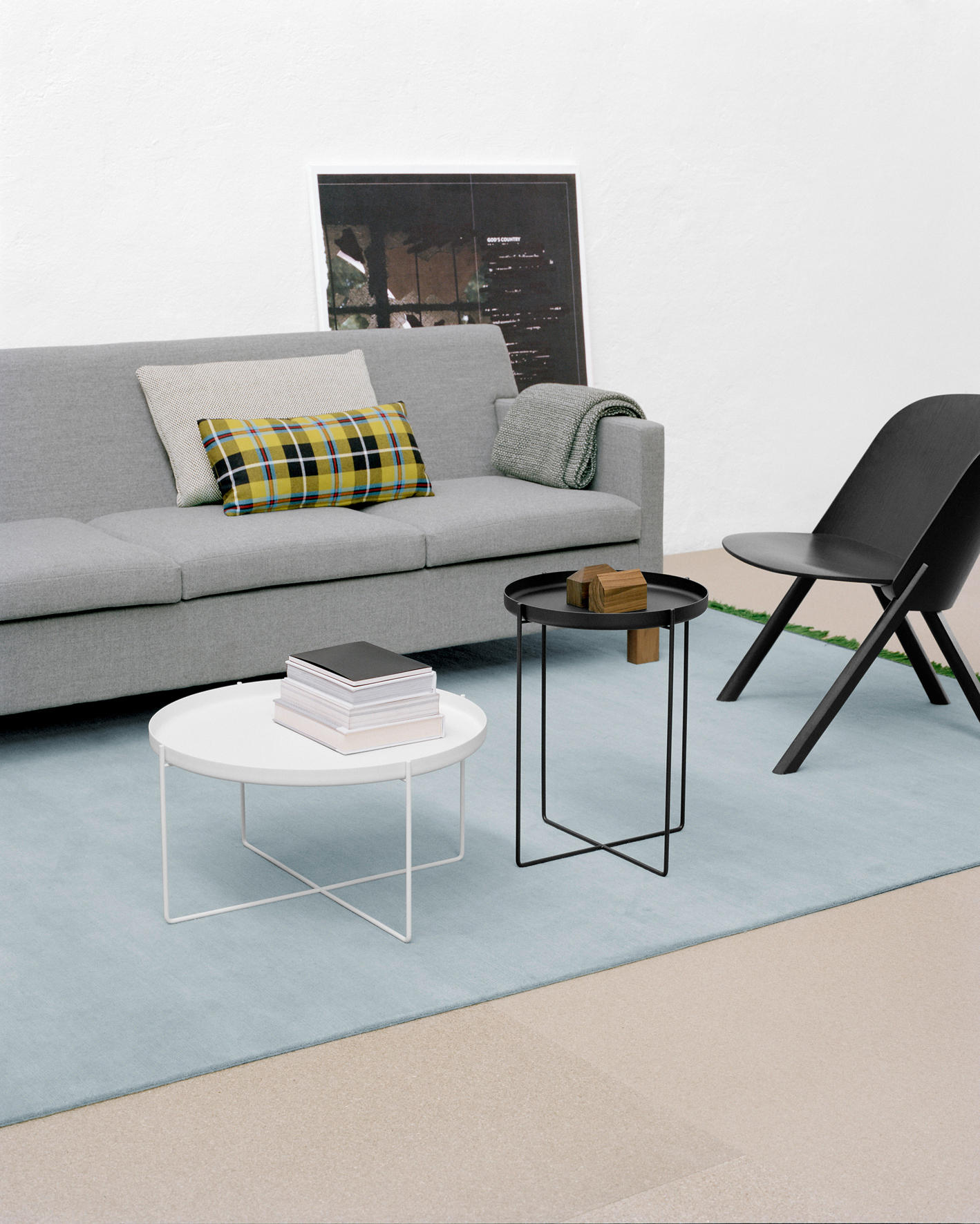 HABIBI Side tables from e15