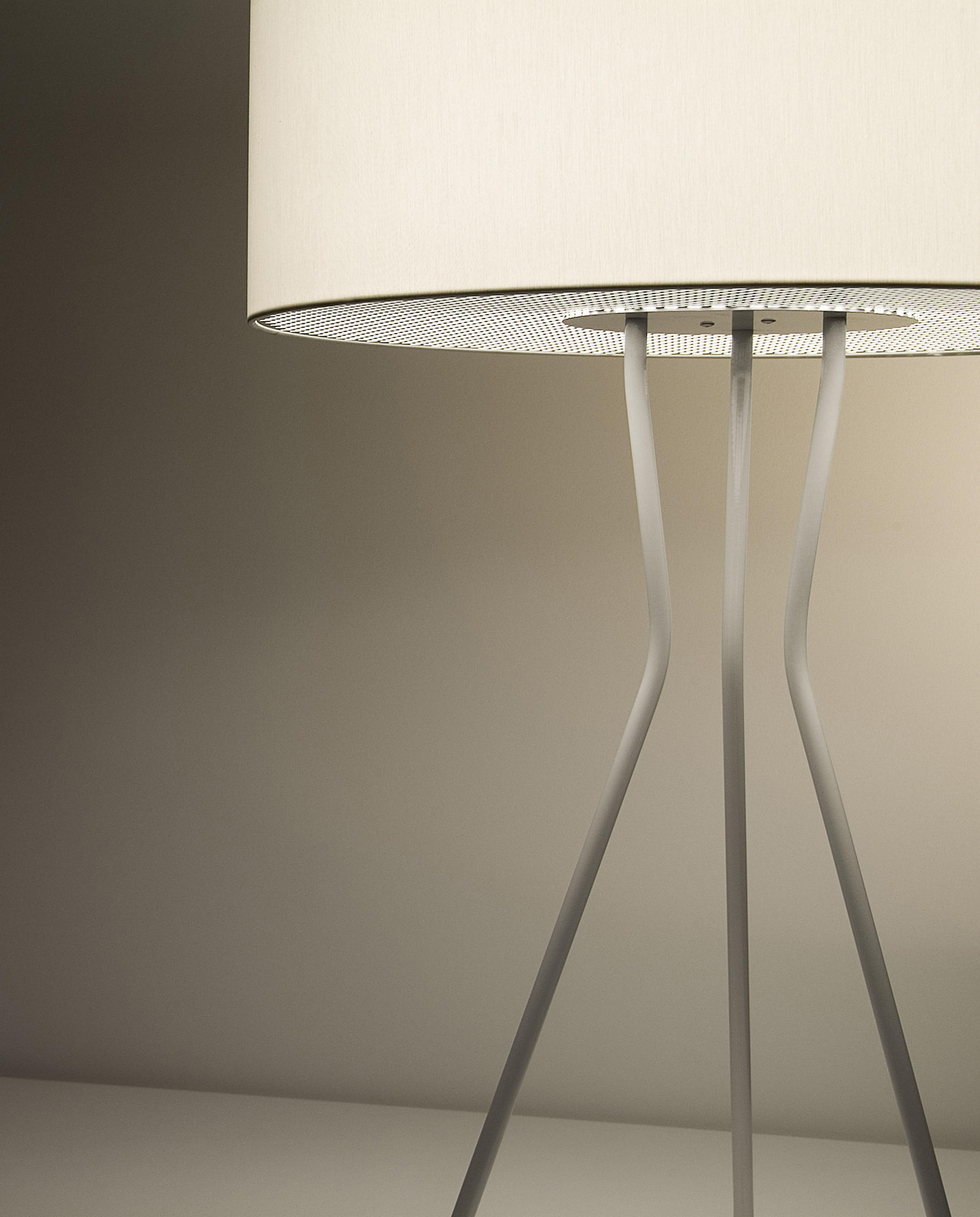 estiluz lighting. Testa M-2817 Table Lamp By Estiluz Lighting