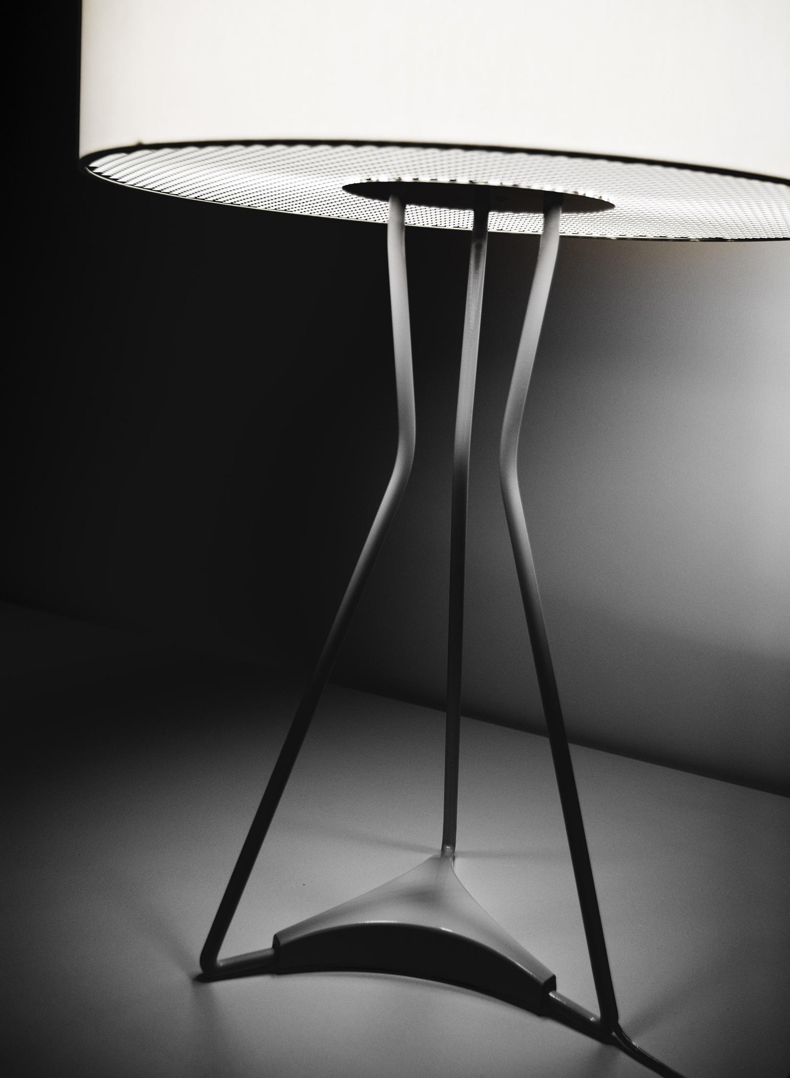estiluz lighting. Testa M-2817 Table Lamp By Estiluz Lighting