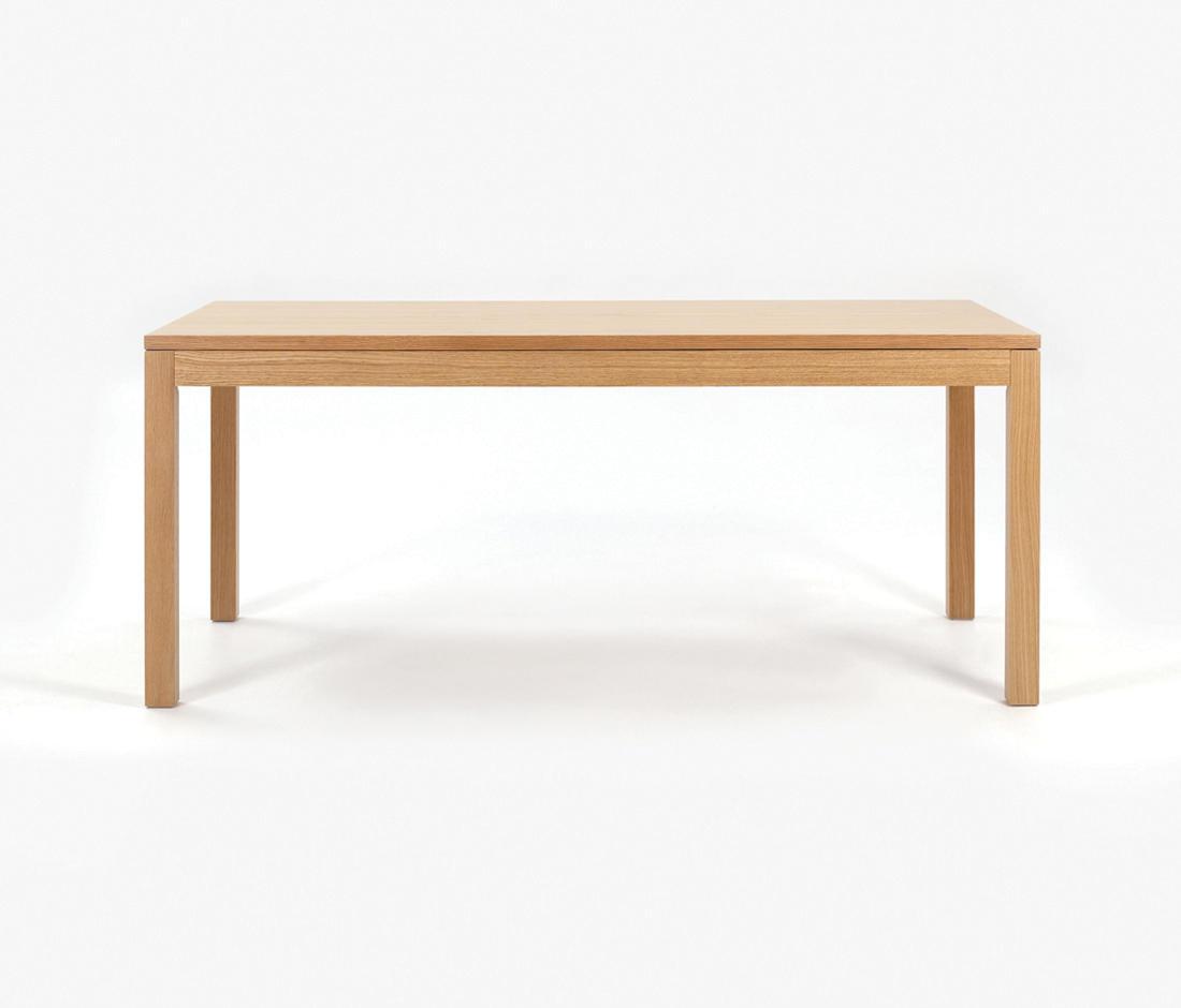 Columbia tavoli da pranzo mobitec by batiplus architonic for Produttori tavoli