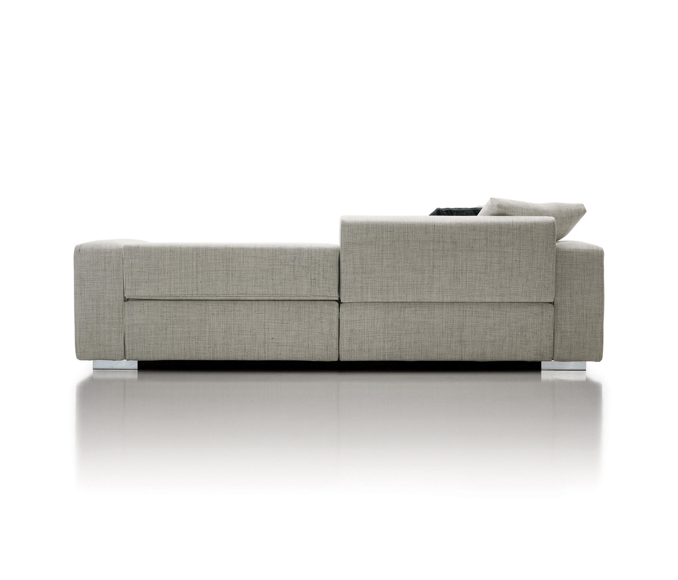 Turner sof s lounge de molteni c architonic for Molteni catalogo