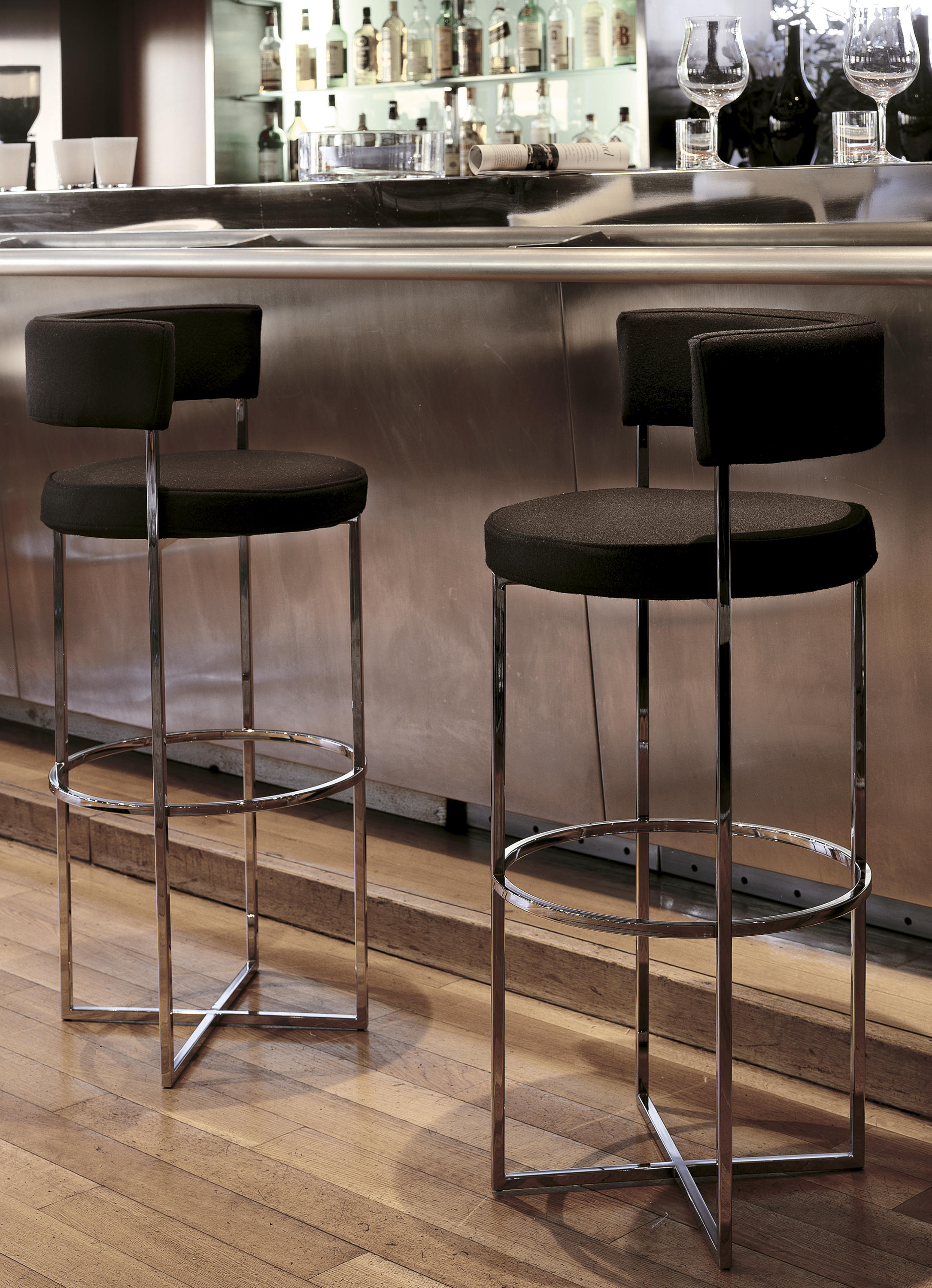 Sirio sgabello bar stools from porada architonic for Porada arredi srl