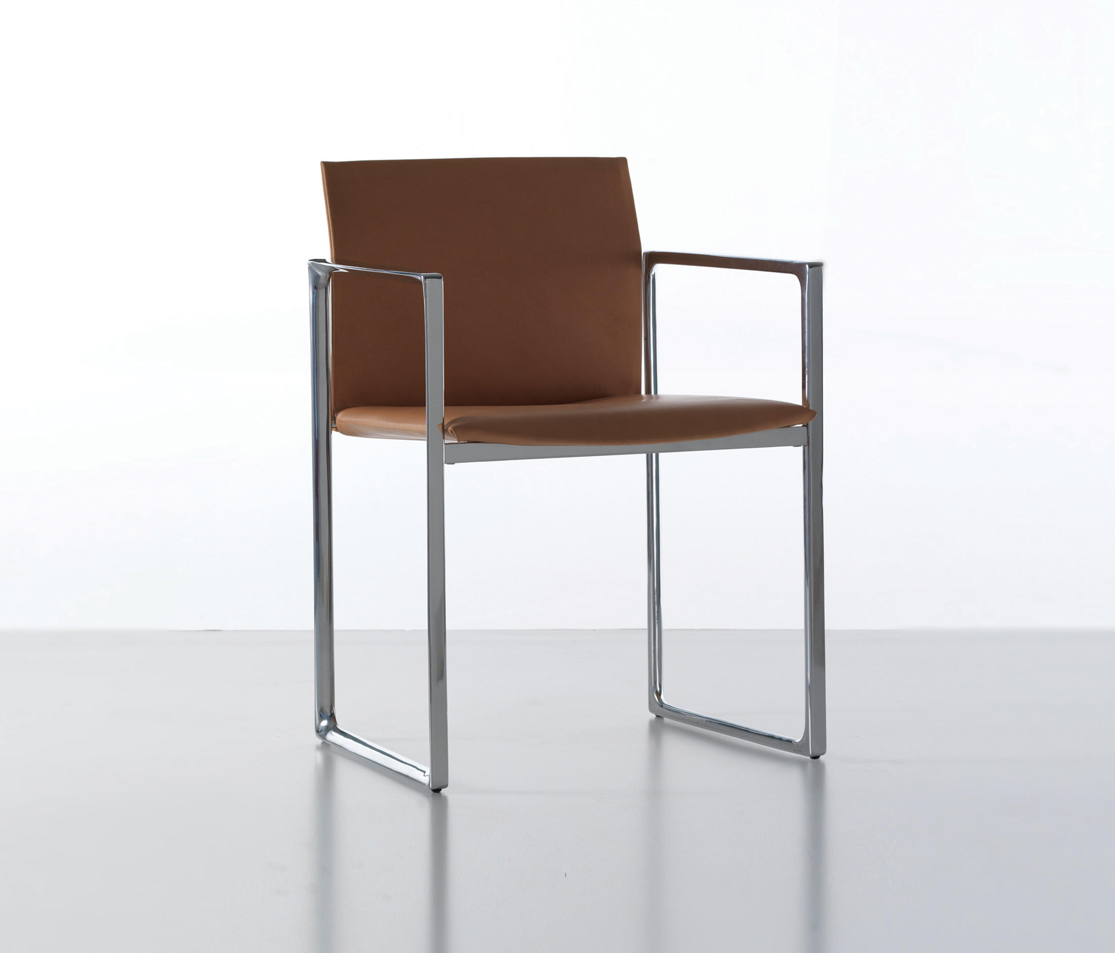 ... 184 Eve By Cassina ...