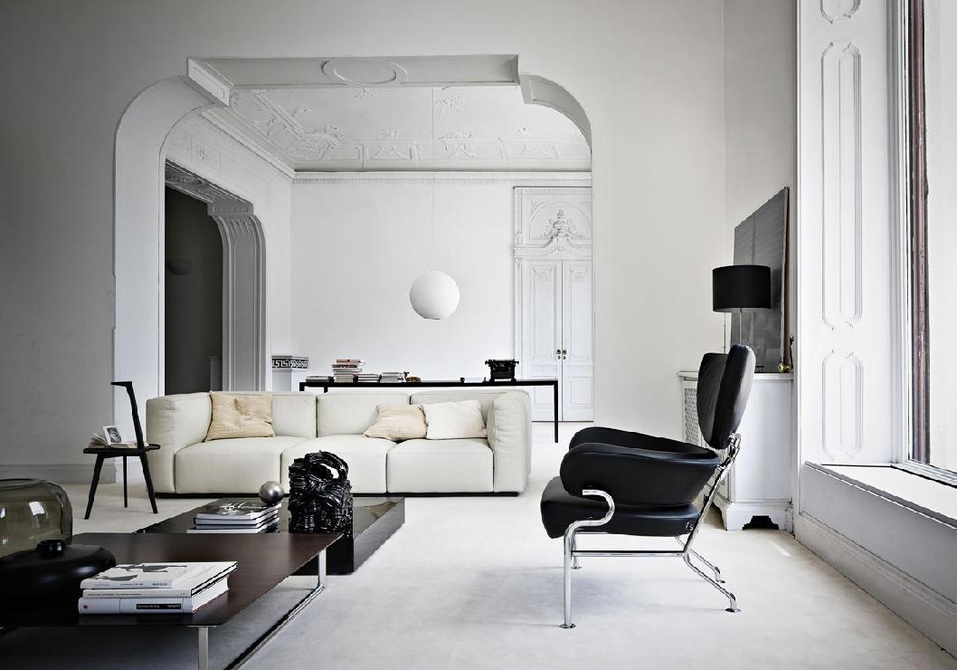 836 tre pezzi armchairs from cassina architonic for Cassina italy