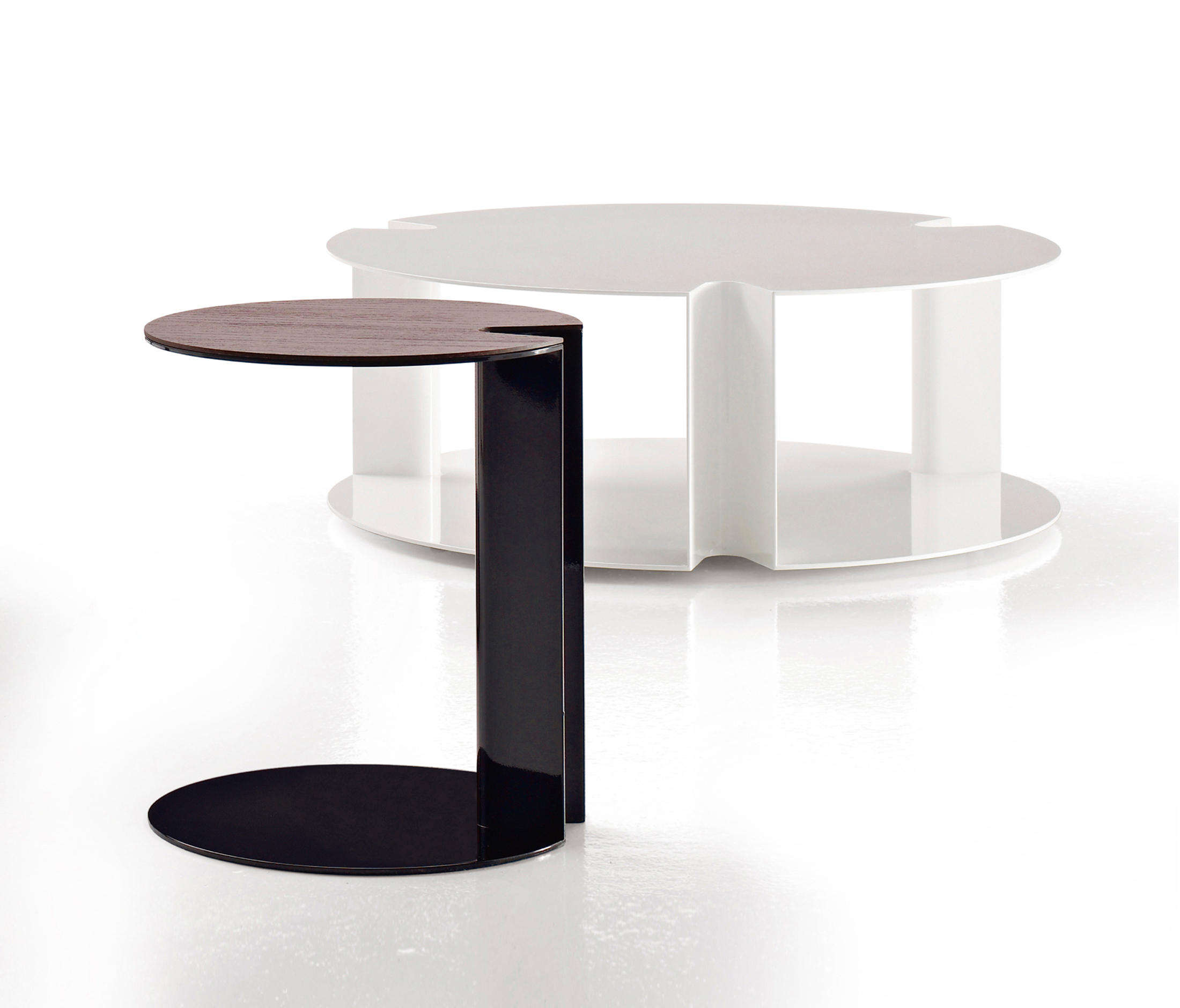 NIX Coffee tables from B&B Italia