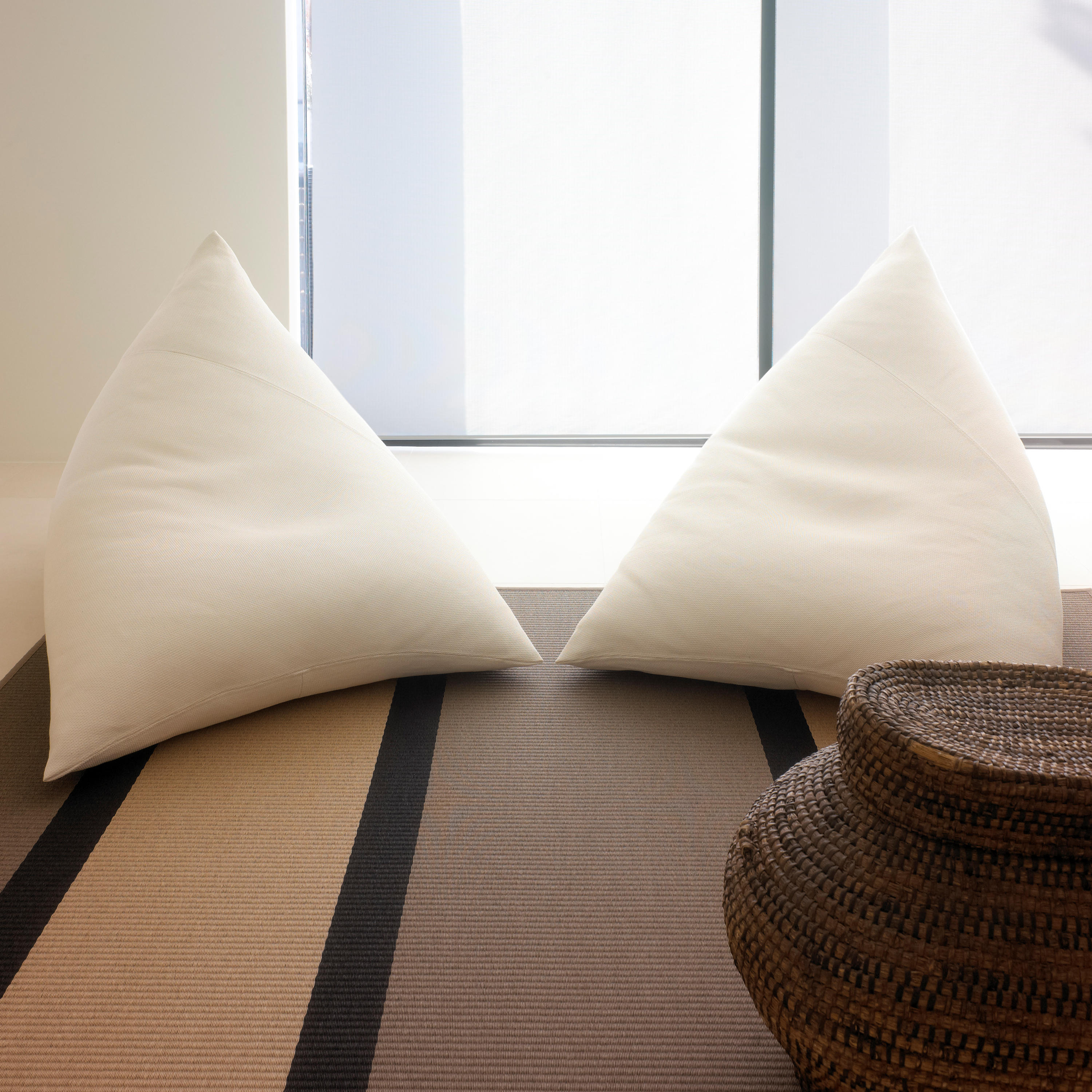 Roo Lounge Chair Beanbags From Woodnotes Architonic
