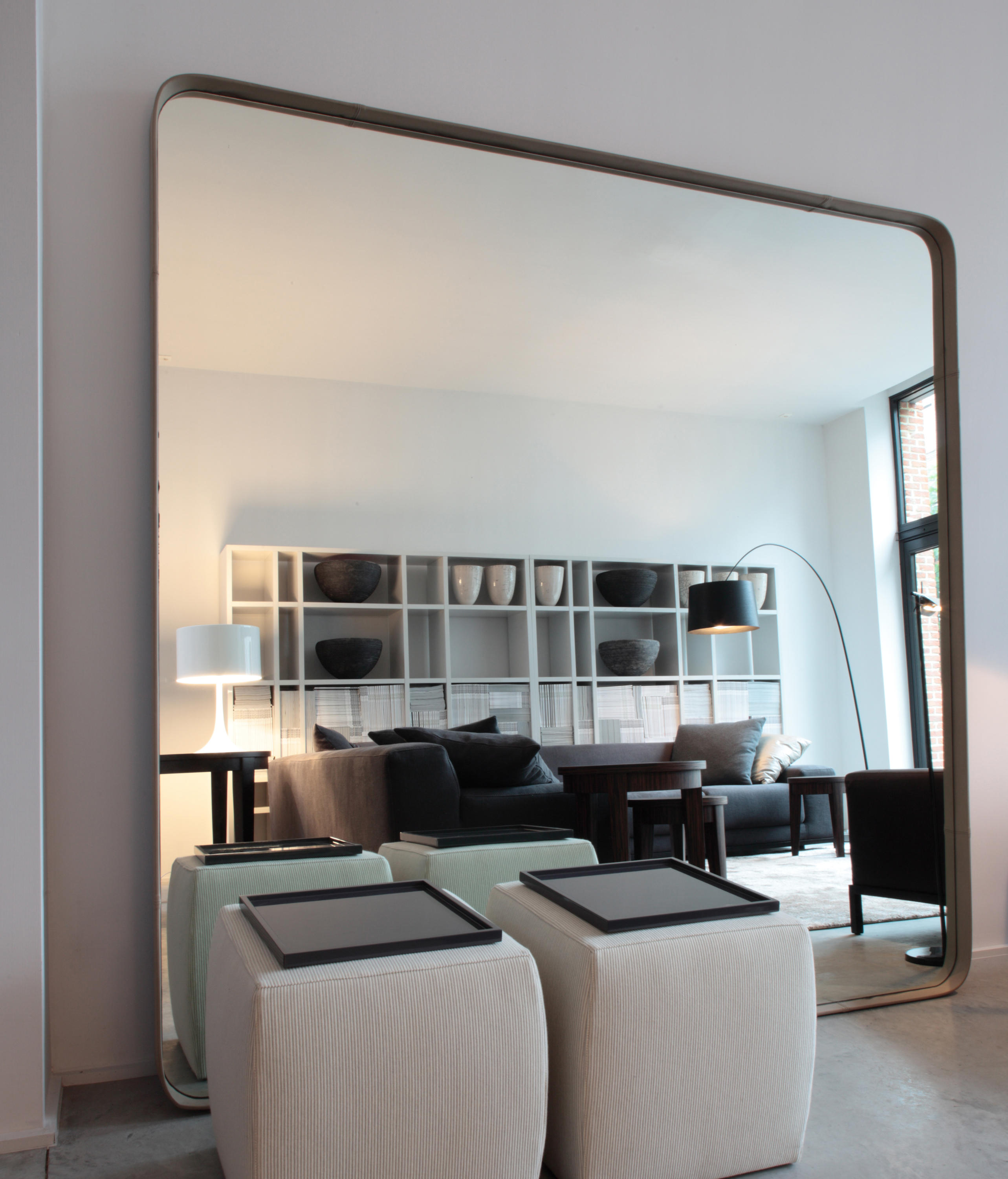 birk mirror mirrors from meridiani architonic. Black Bedroom Furniture Sets. Home Design Ideas