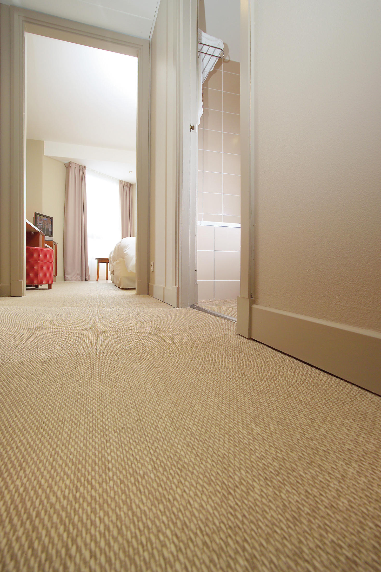 Bkb sisal plain beige wall to wall carpets from bolon for Wall to wall carpeting