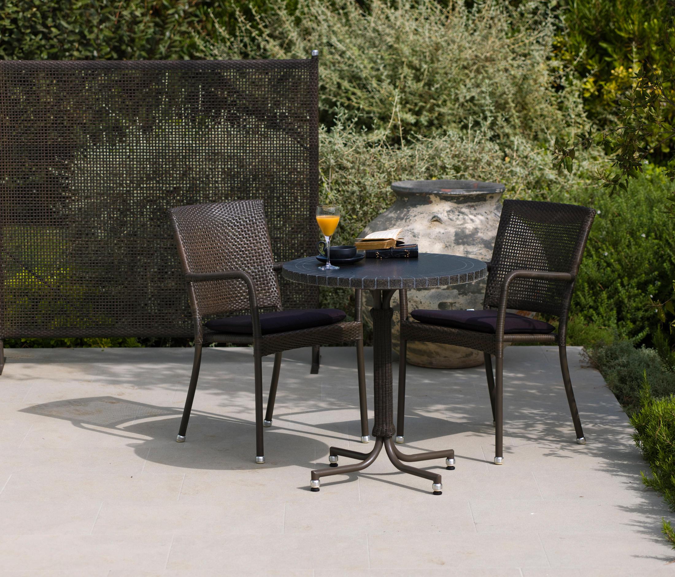 luton chair si ges de jardin de cane line architonic. Black Bedroom Furniture Sets. Home Design Ideas
