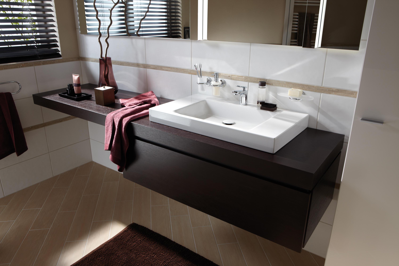 waschtisch mit holzplatte minimalistischer waschtisch mit. Black Bedroom Furniture Sets. Home Design Ideas