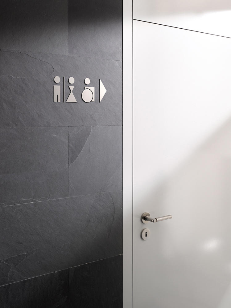 piktogramm wc m nner frauen toilet signs from phos. Black Bedroom Furniture Sets. Home Design Ideas