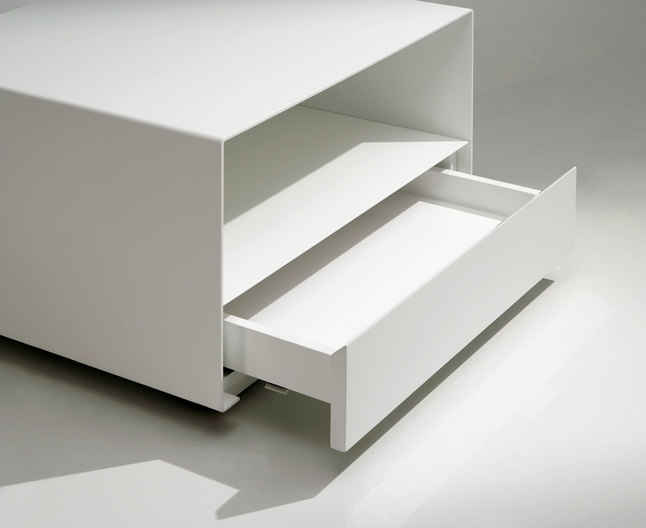 Kobo table set couchtische von kendo mobiliario architonic - Kendo mobiliario ...