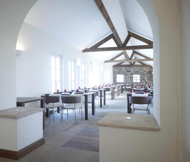 Contract tavoli contract conde house europe architonic for Produttori tavoli
