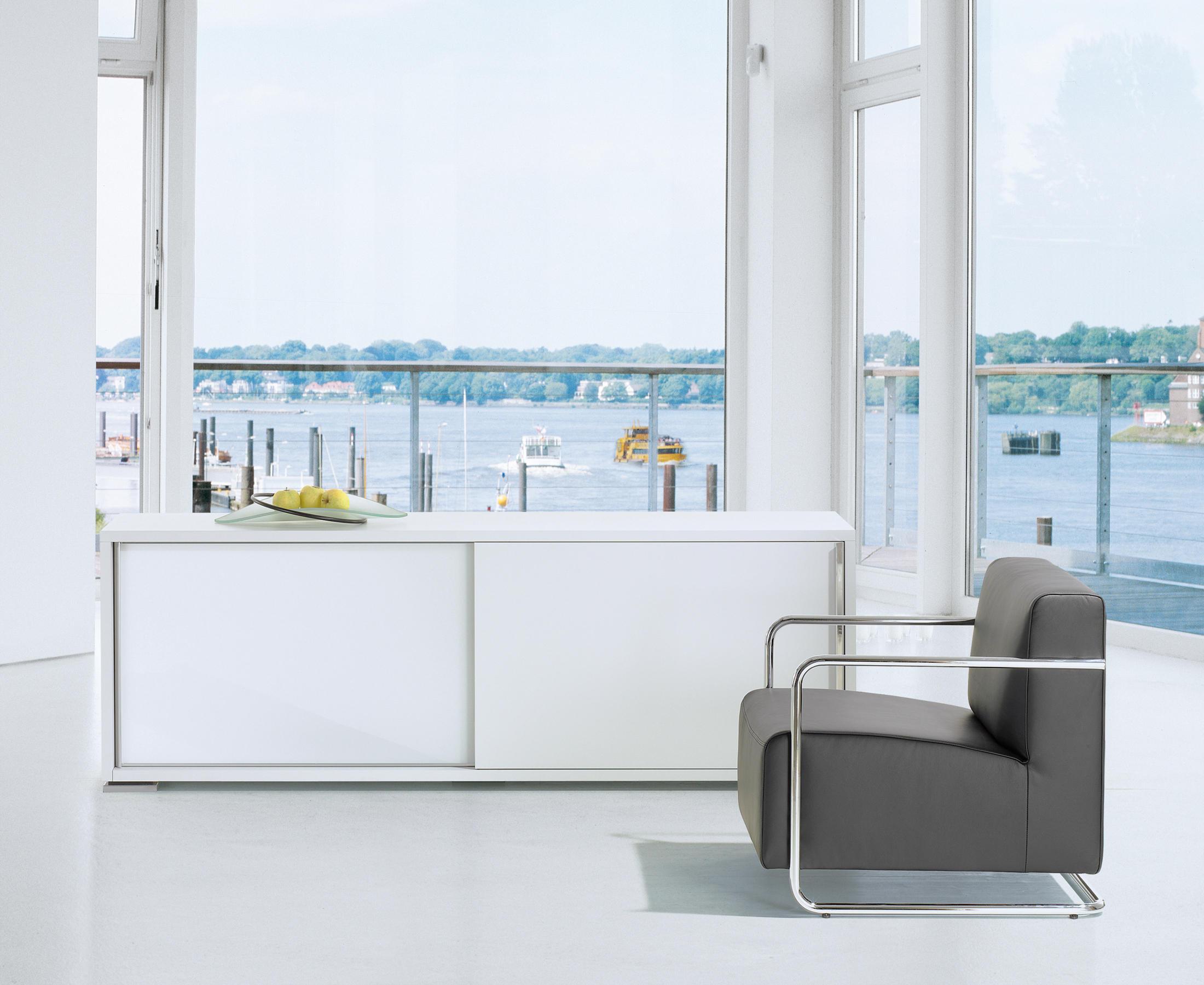 ultra plus multimedia sideboards von die collection. Black Bedroom Furniture Sets. Home Design Ideas