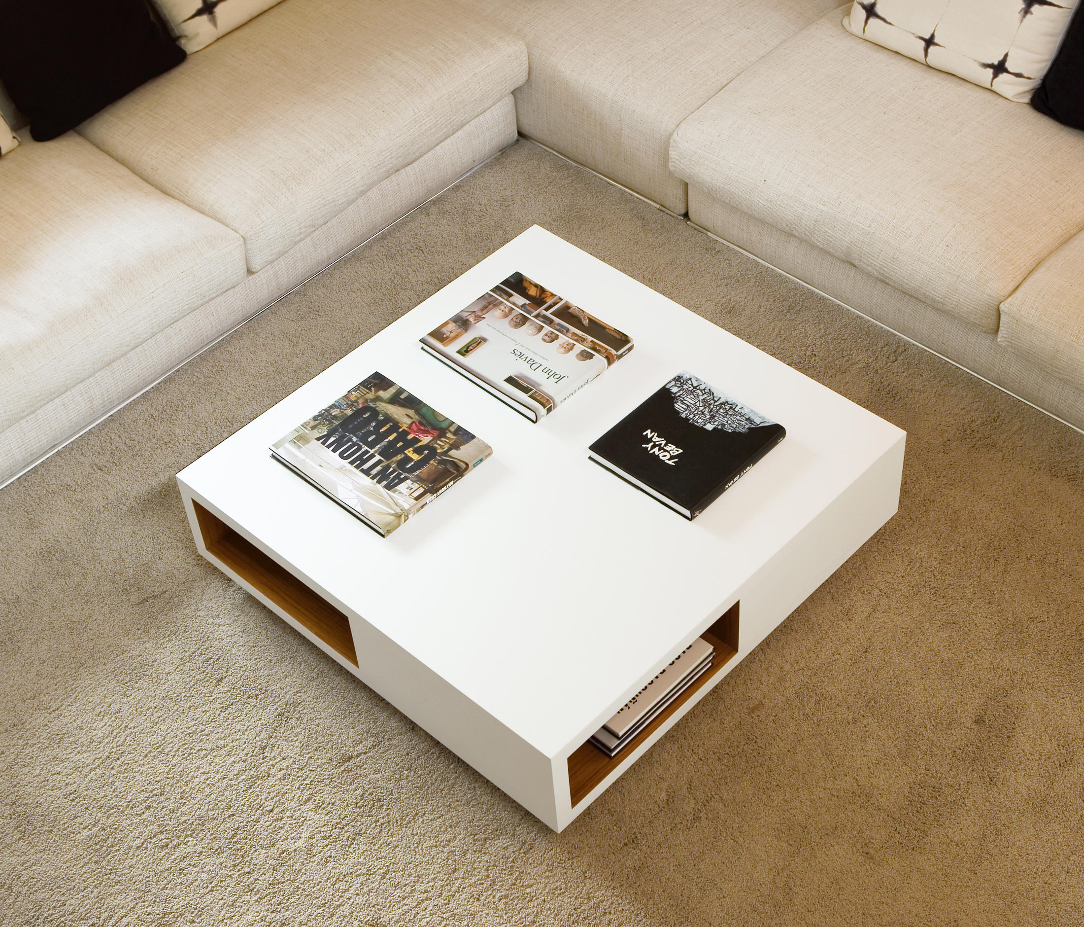 VERA COFFEE TABLE Coffee tables from Kendo Mobiliario