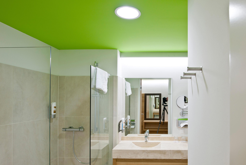 PANOS INFINITY - Recessed ceiling lights from Zumtobel Lighting ...