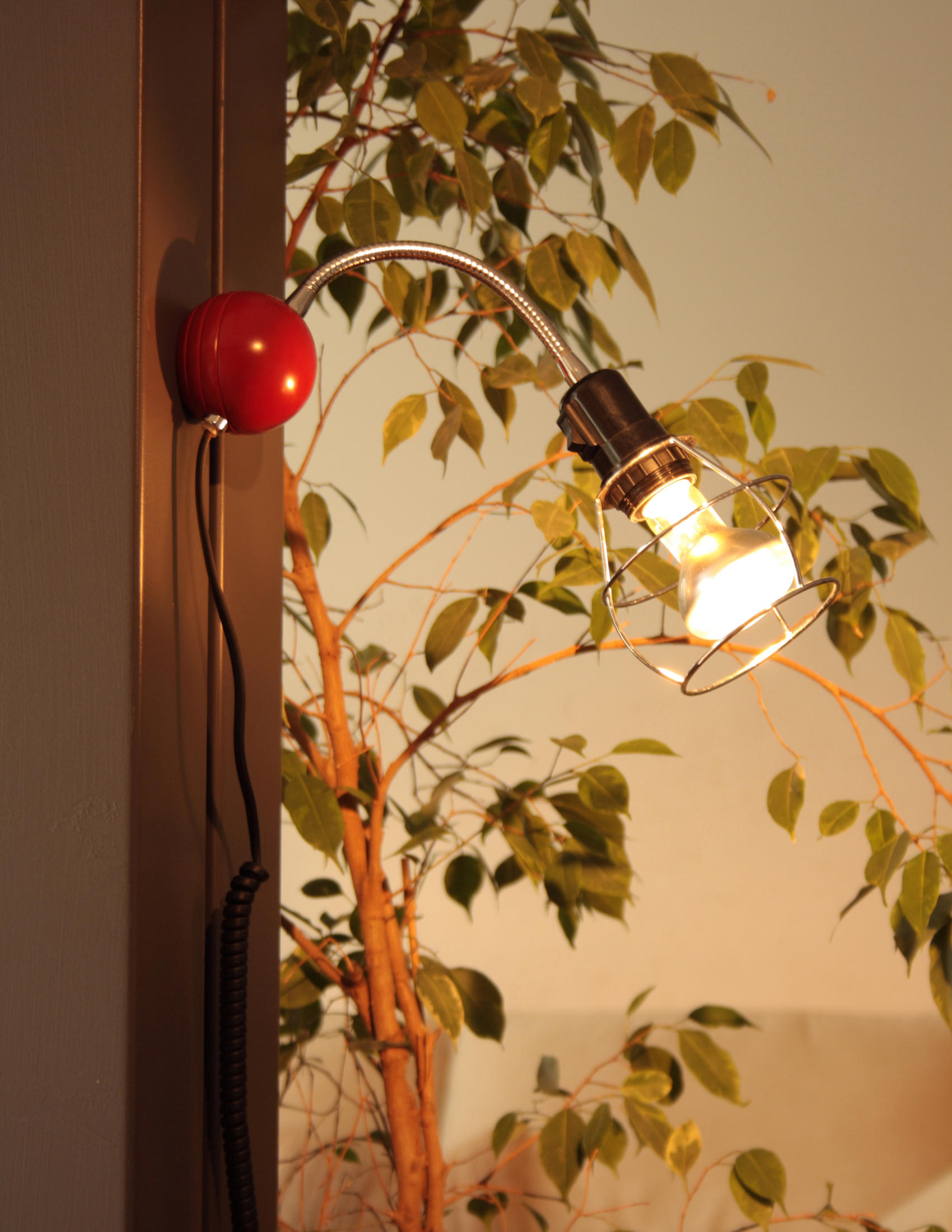 MAGNETIC WALL LAMP - Wall lights from Luz Difusión | Architonic