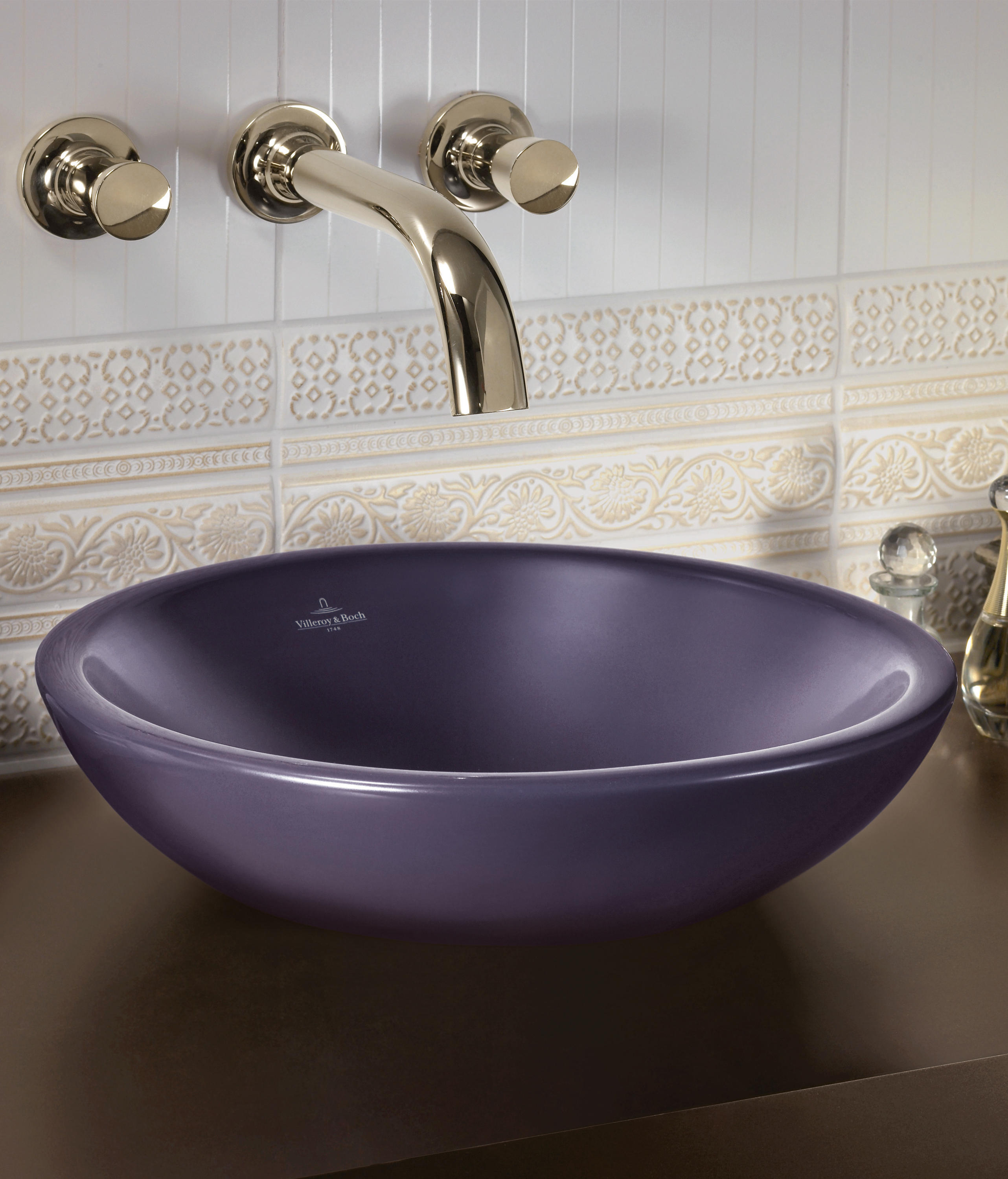 Villeroy and boch bathroom sink - Loop Friends Surface Mounted Washbasin By Villeroy Boch