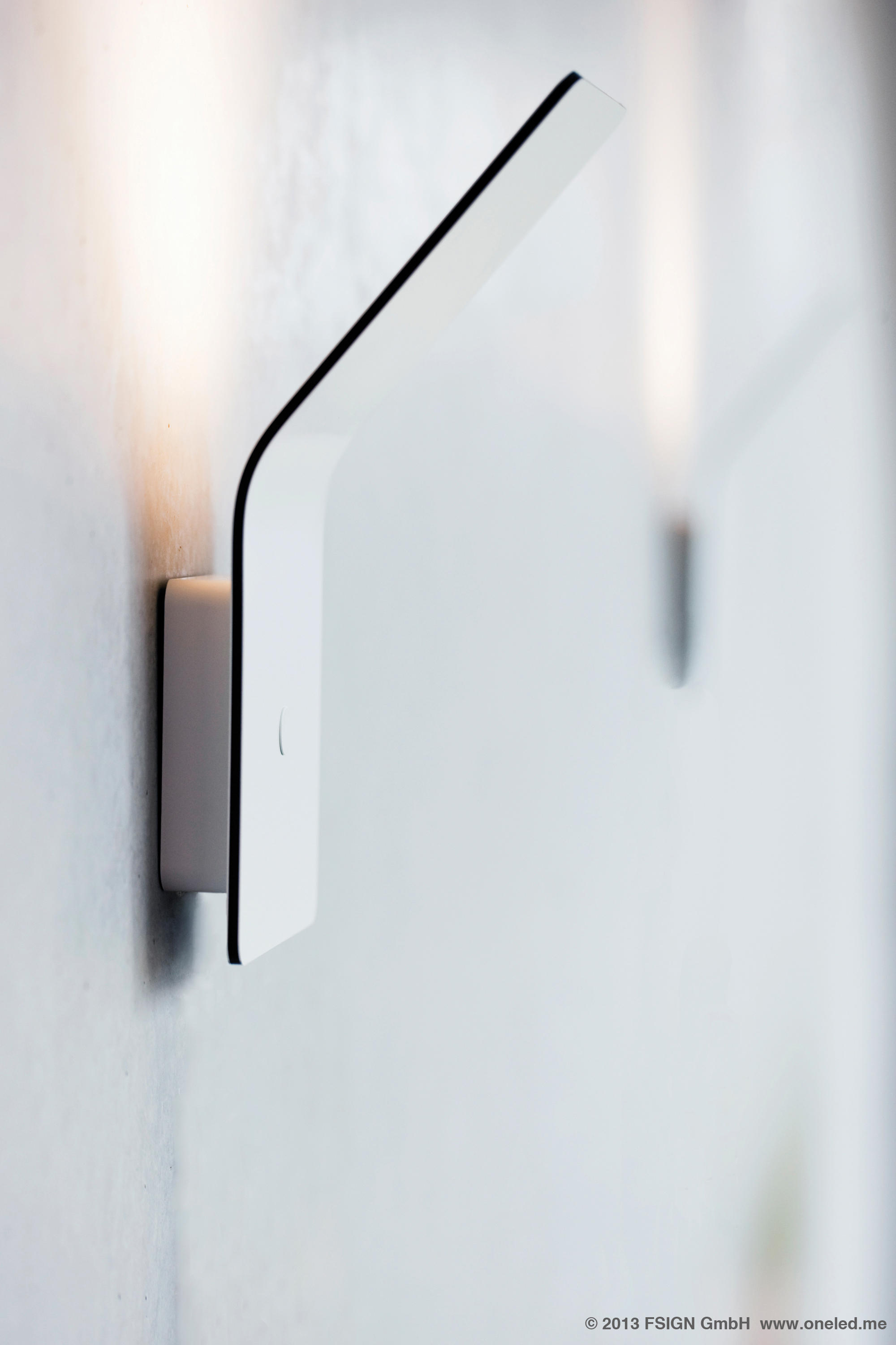 Luminaire Indirect destiné oneled wall luminaire indirect - wall lights from oneled | architonic
