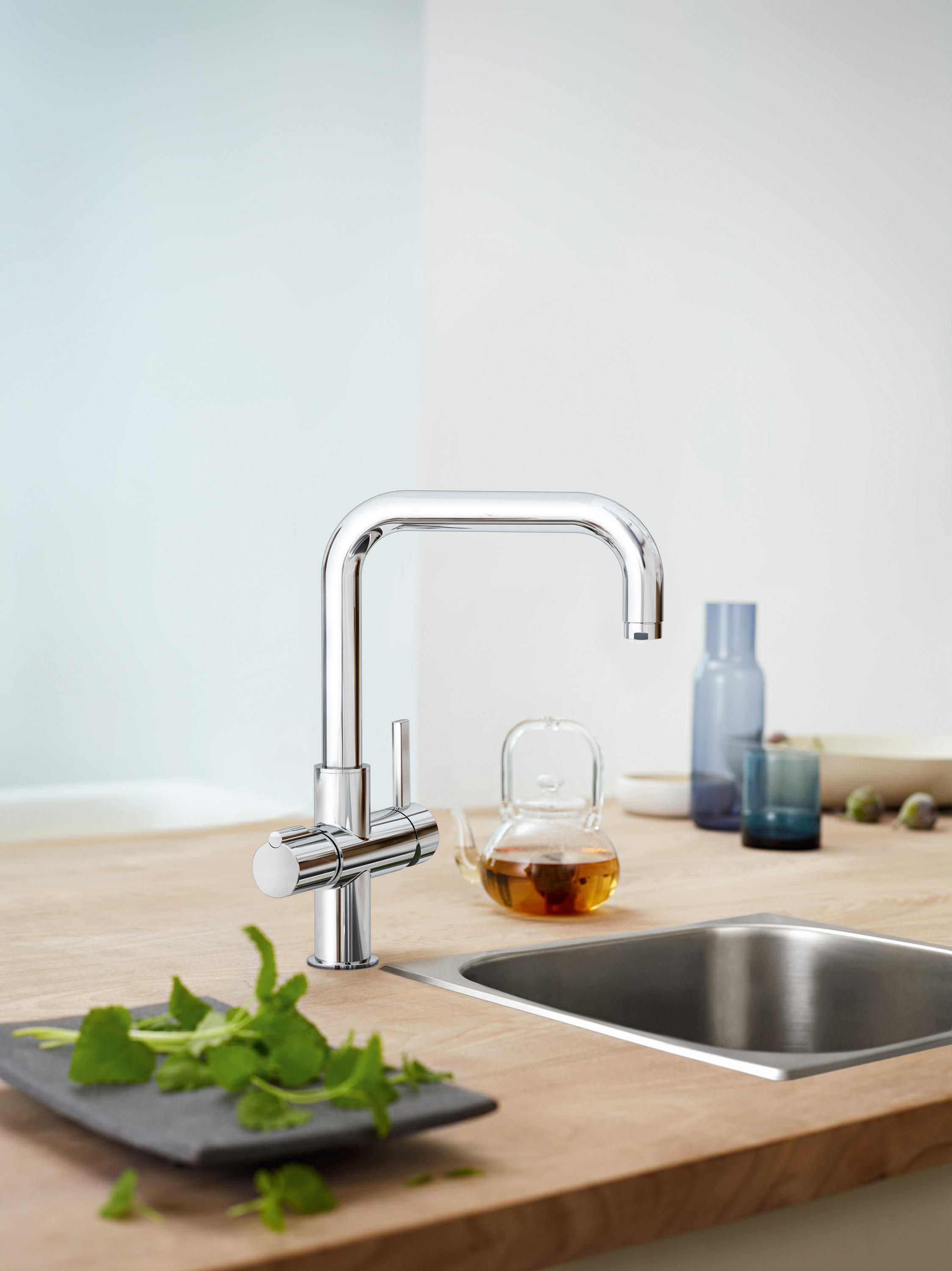 grohe red duo faucet and combi boiler kitchen taps from. Black Bedroom Furniture Sets. Home Design Ideas