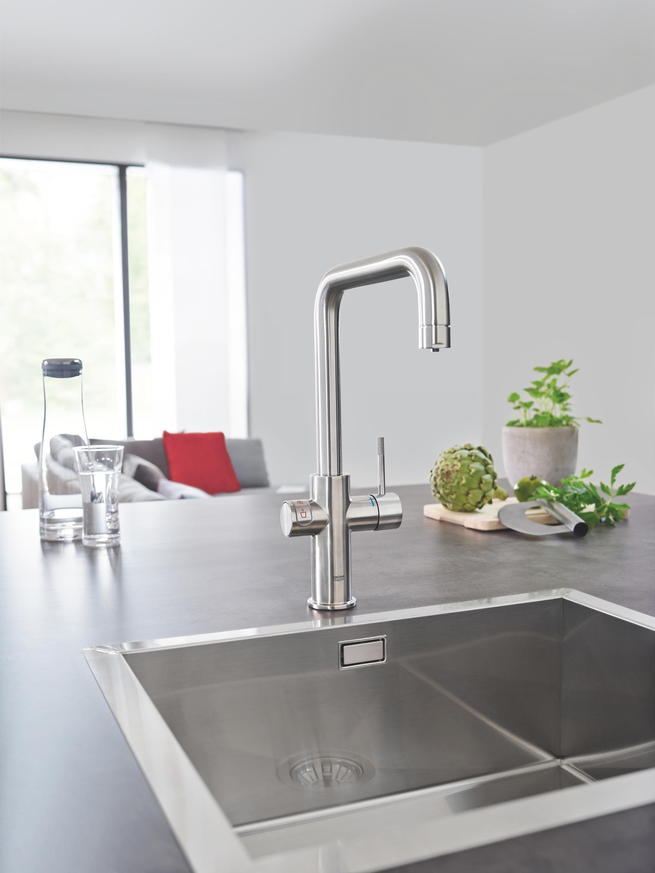 Storslået GROHE RED DUO FAUCET AND M SIZE BOILER - Kitchen taps from GROHE HV15